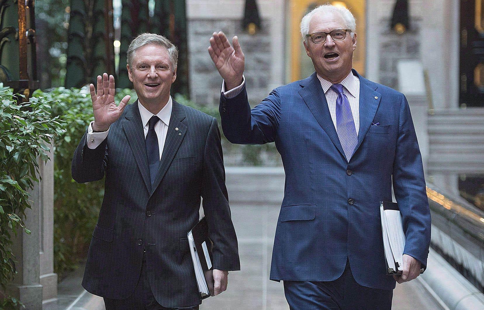 Paul Desmarais fils, âgé de 65ans, demeure président du conseil d'administration et André Desmarais, 63ans, demeure président délégué.