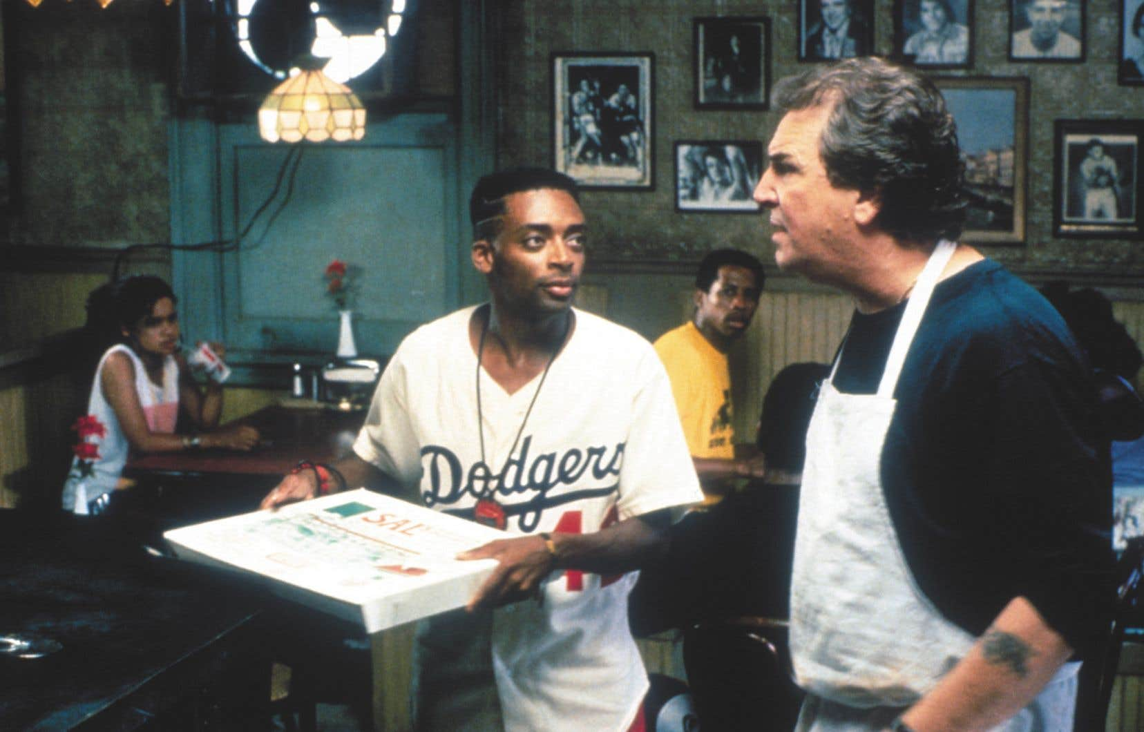Danny Aiello donnait la réplique à Spike Lee (à gauche) dans le film «Do the Right Thing».­
