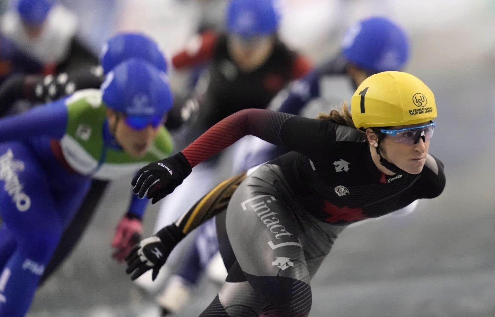 Ivanie Blondin (à droite) s'est signalée à Nagano en s'adjugeant la victoire lors du départ de groupe féminin.
