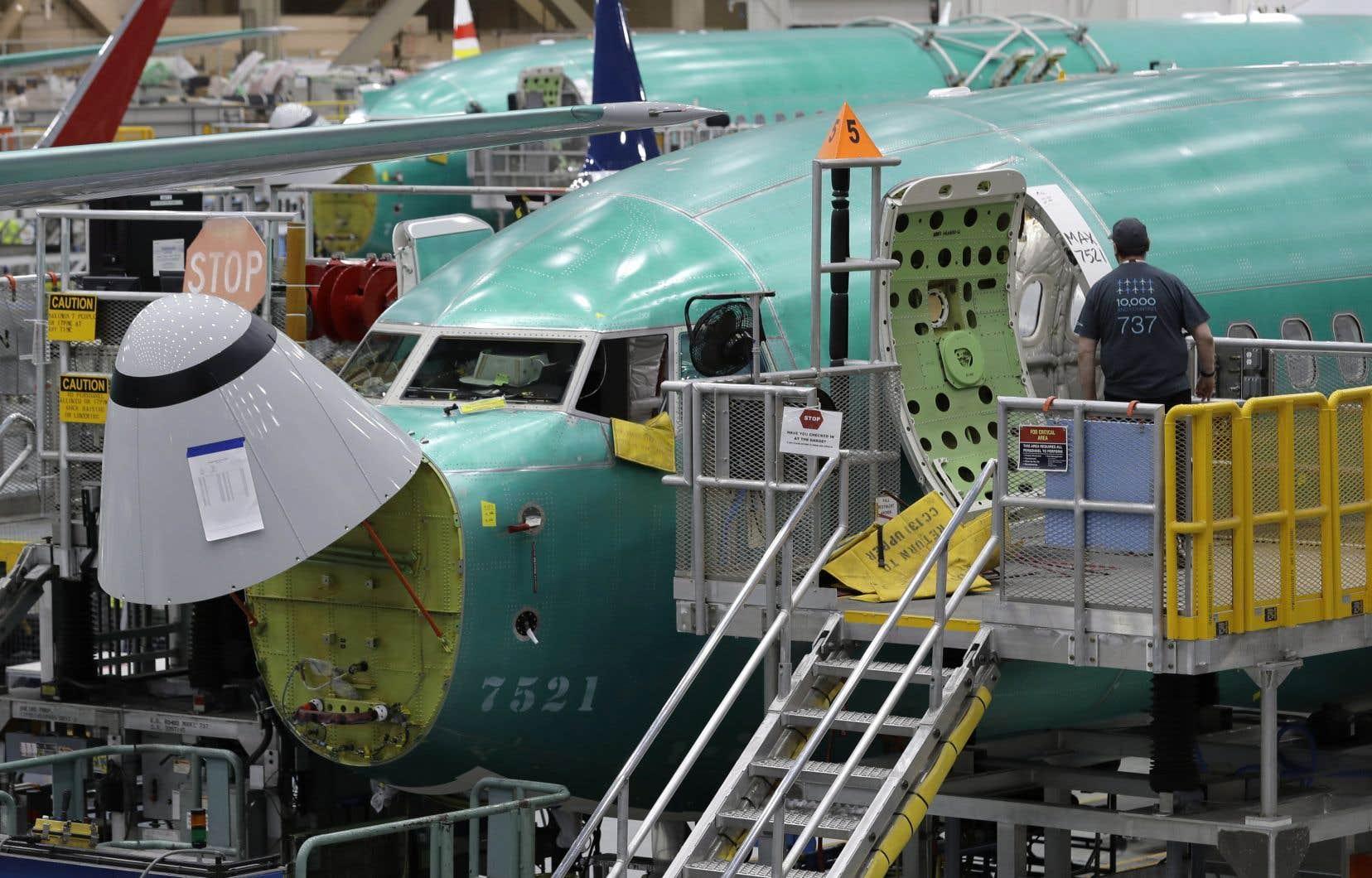 La suspension de la production de l'avion 737 MAX de Boeingannoncée lundi a fait des vagues sur le marché, suscitant l'inquiétude des fournisseurs.