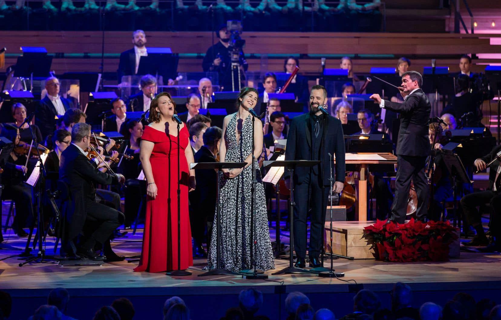 Les chanteurs Marie-Nicole Lemieux, Nicole Car et Étienne Dupuis ont livré une prestation d'envergure.