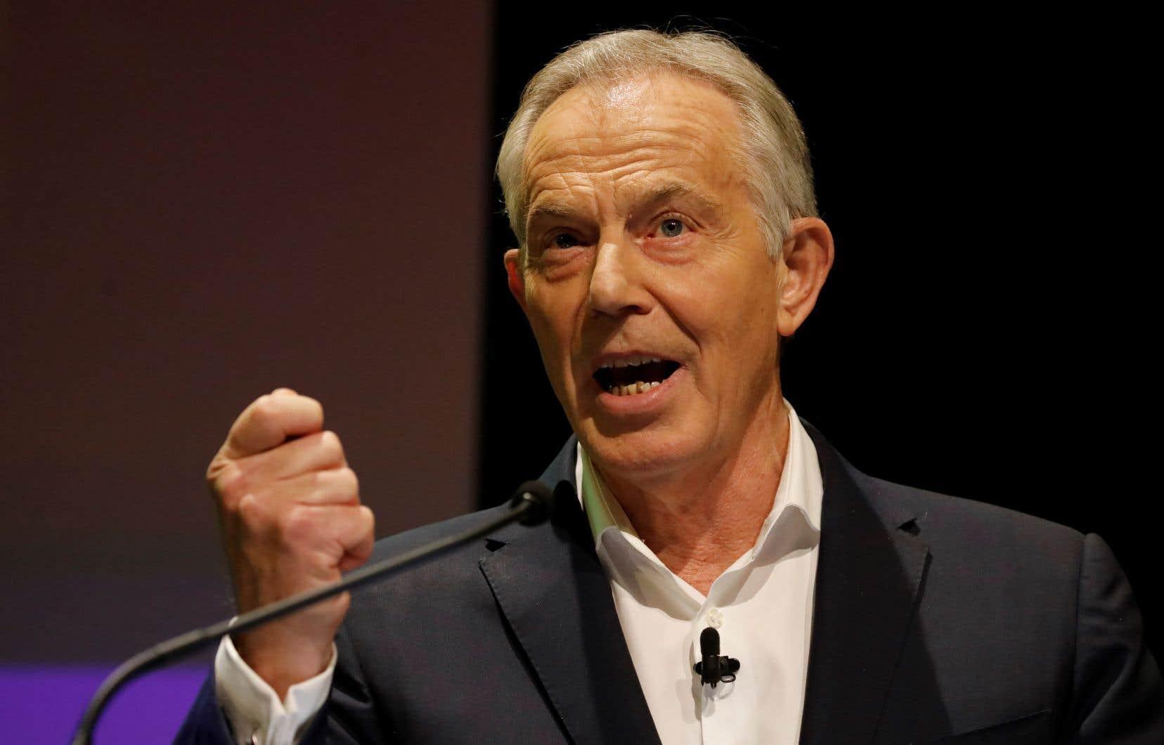 Seul dirigeant travailliste à avoir mené son parti à la victoire ces 45 dernières années, Tony Blaira averti que la survie du Labour comme grande formation était désormais menacée.