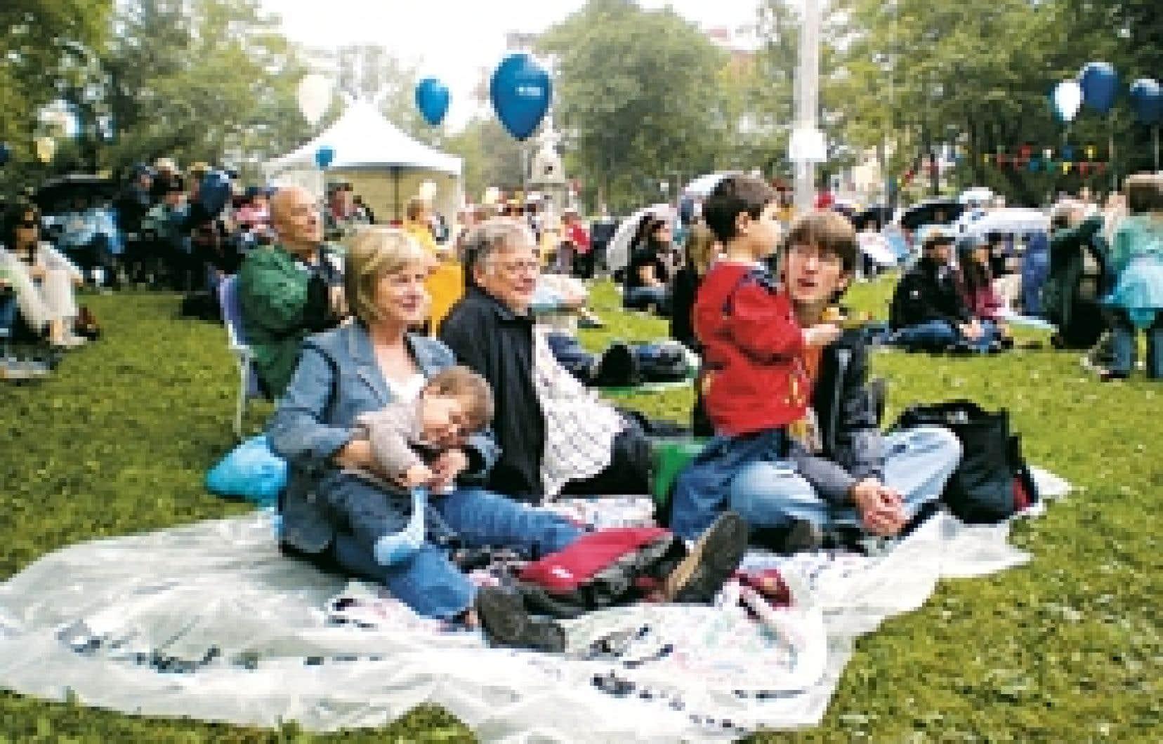 Dans les nombreux festivals folk qui se tiennent en dehors de la capitale, des formations d'ados font rocker, comme dans la capitale, les violons, les accordéons et les banjos.