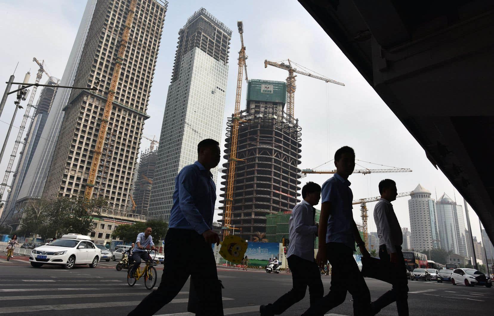Le ratio d'endettement total de la Chine (258%) approche désormais la moyenne des pays développés (265%).