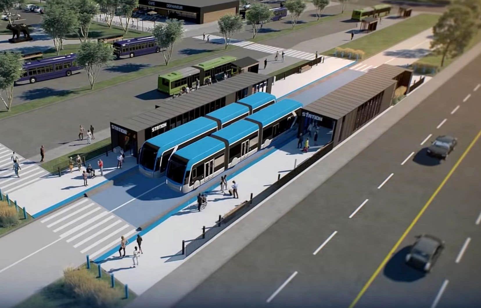 Questionné au sujet de l'opposition au projet de tramway, le maire Régis Labeaume a notamment souligné que les électeurs ont voté pour son projet de «mobilité», son «système de transport en commun structurant» incluant des voies réservées, aux dernières élections.