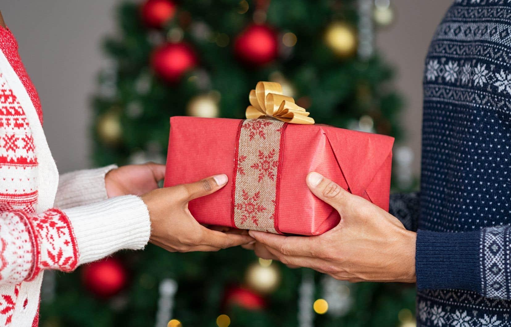 Si les donneurs préfèrent souvent offrir un chandail ou un appareil électronique, par exemple, les receveurs apprécieraient davantage des cadeaux liés au partage.