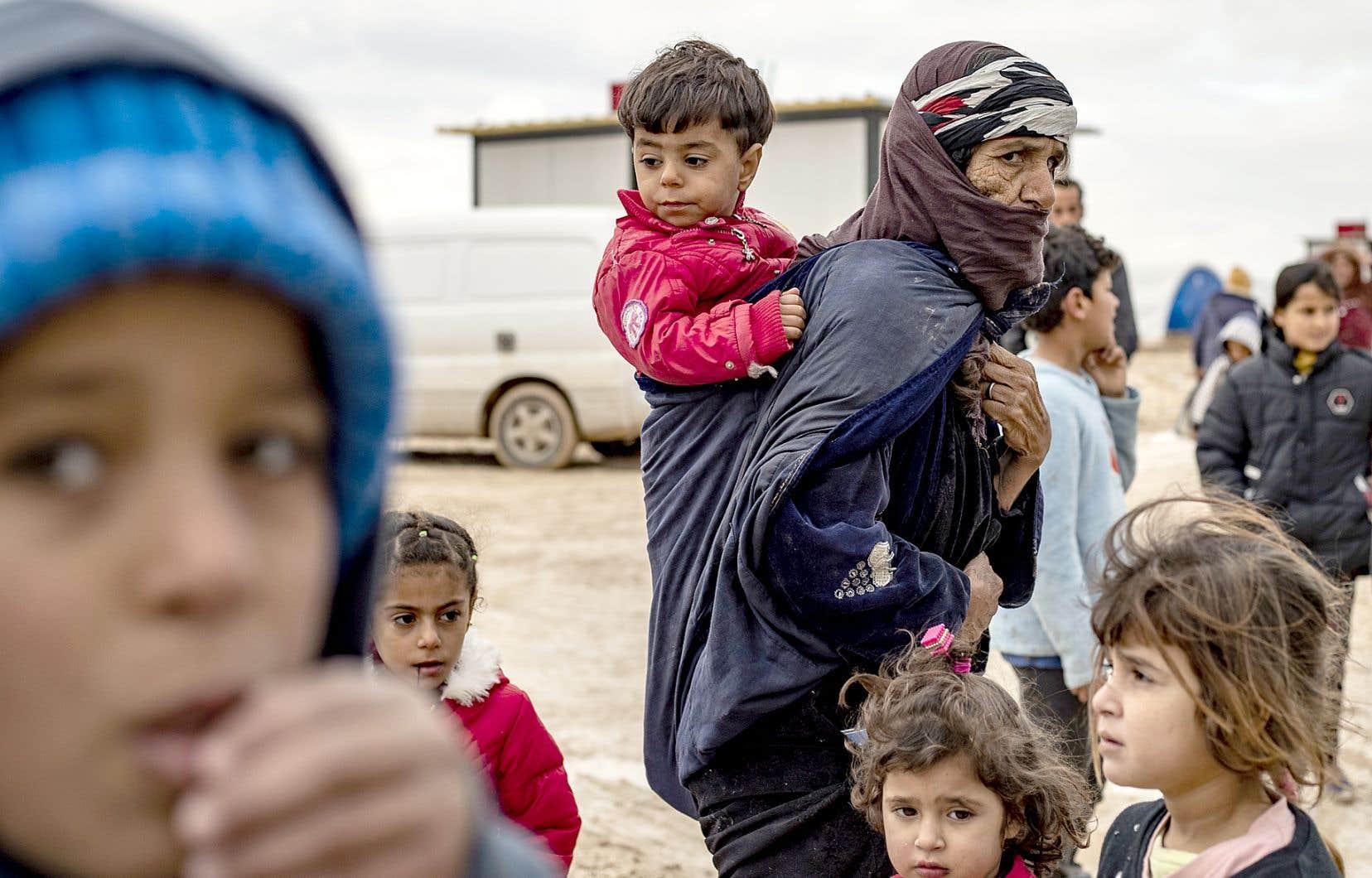 En huit ans, le conflit en Syrie a fait plus de 370000 morts et des millions de déplacés et de réfugiés.