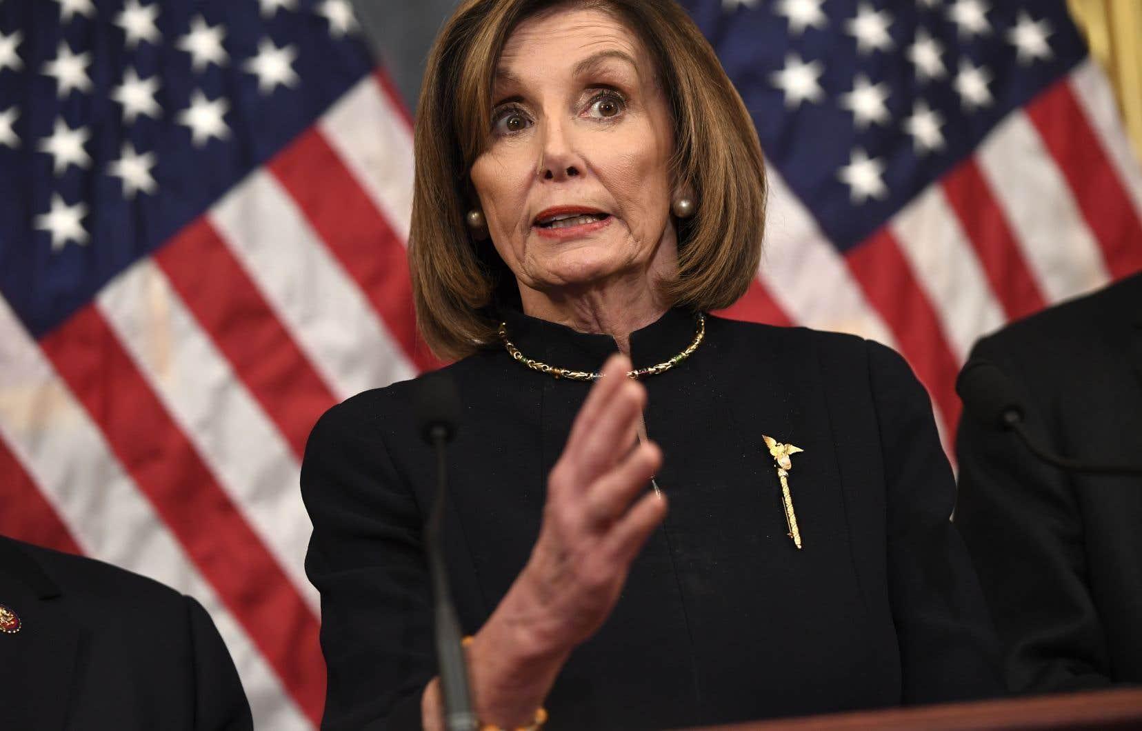 «Cette semaine, la Chambre des représentants introduira une résolution sur les pouvoirs de guerre pour limiter les actions militaires du président contre l'Iran», a annoncé la cheffe des démocrates au Congrès, Nancy Pelosi.