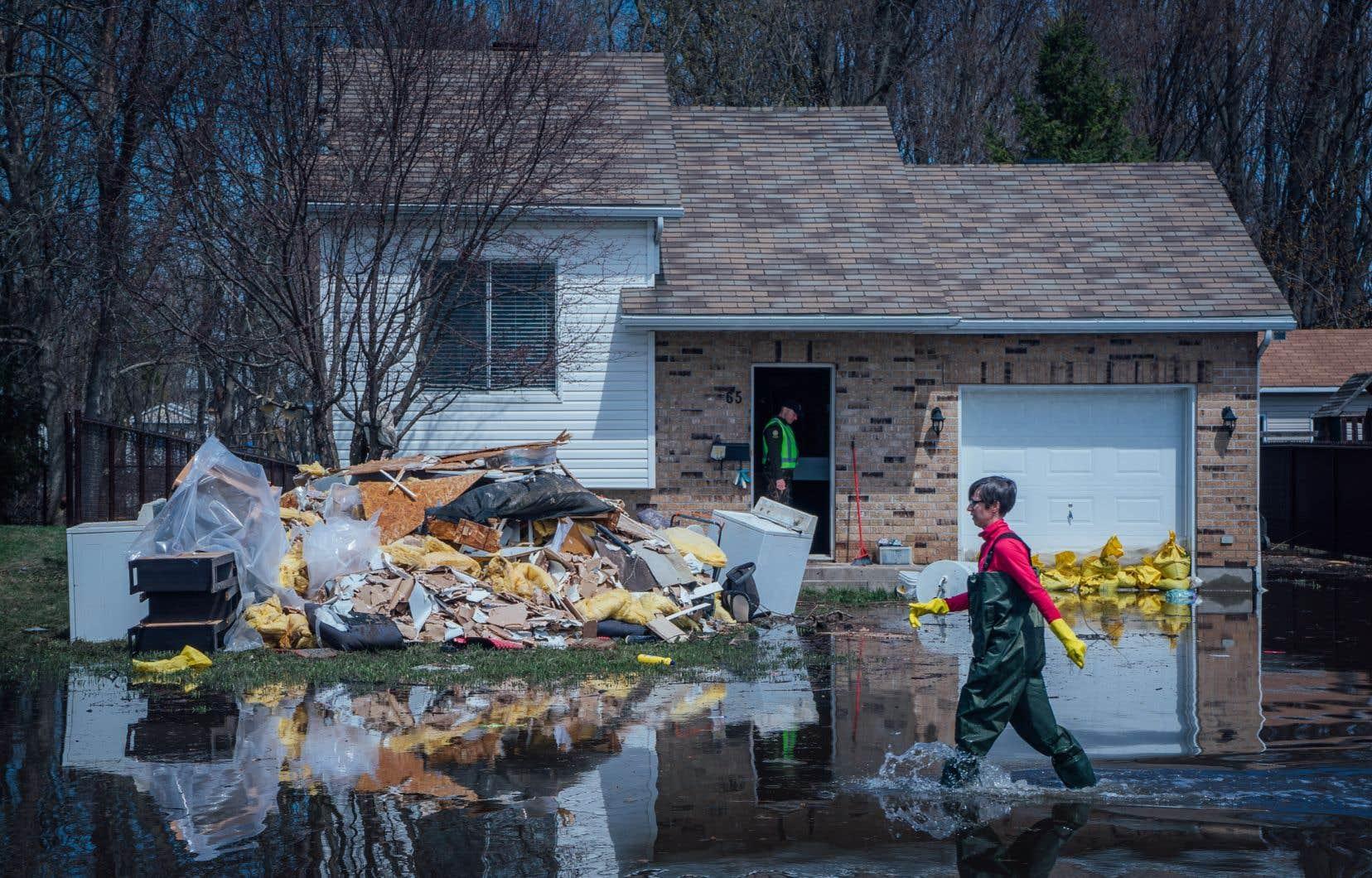 Les inondations printanières (sur la photo, celles de Sainte-Marthe-sur-le-lac au printemps dernier) et les pluies torrentielles ont représenté 80% des événements météorologiques qui se sont qualifiés pour un financement fédéral au cours des trois dernières années.