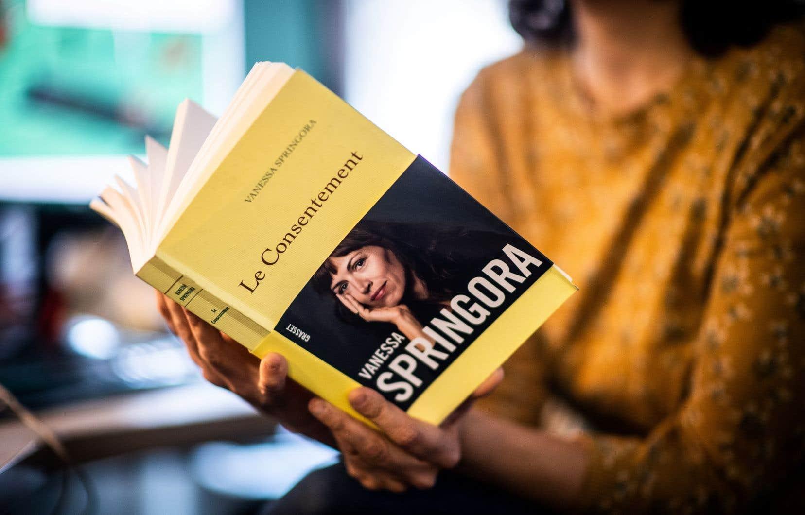 «Que [le] livre [de Vanessa Springora] ait été écrit plus de 30 ans après les actes répréhensibles importe peu; ce qui compte, c'est que justice soit rendue et que Gabriel Matzneff en paie le prix», estime l'auteure.