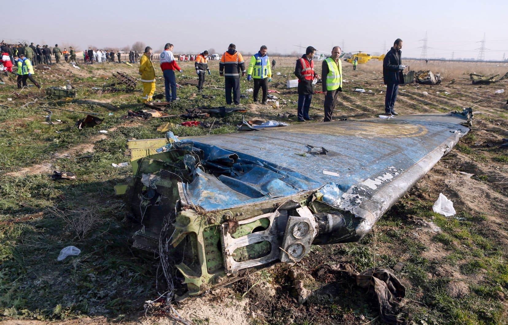 La catastrophe, qui a entraîné la mort de 176 personnes, est survenue quelques heures après des tirs de missiles par Téhéran sur des bases utilisées par l'armée américaine en Irak.