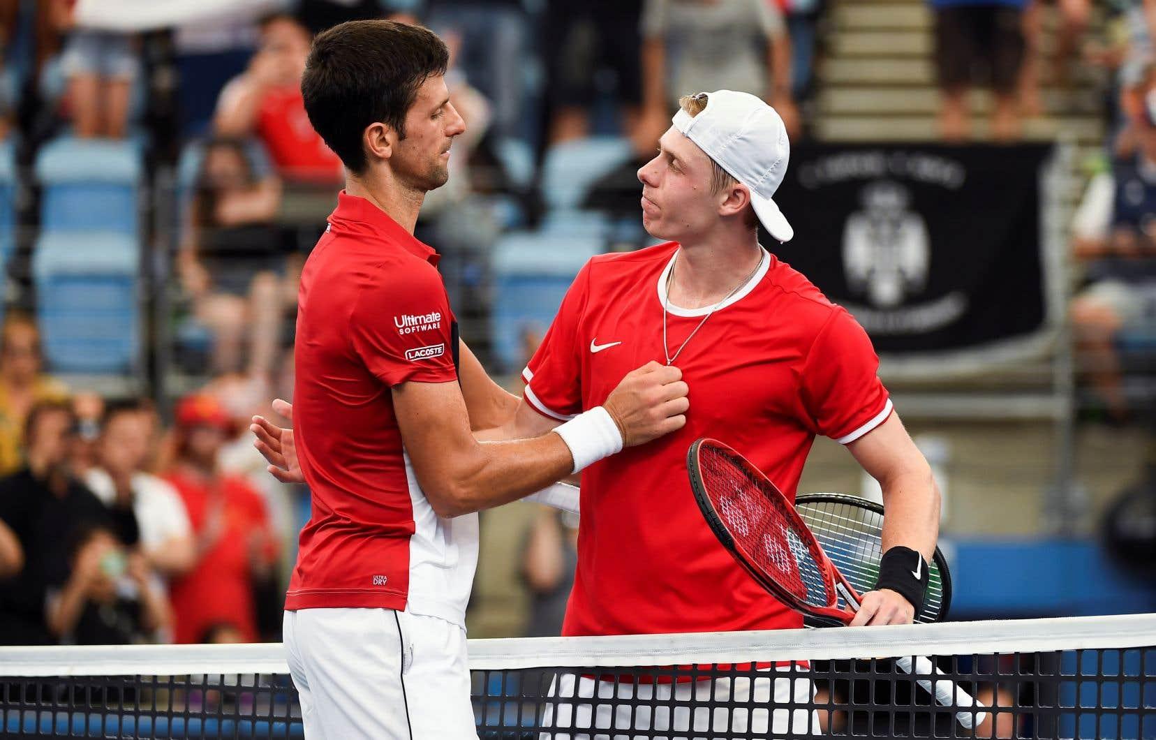 Novak Djokovic a eu besoin dedeux heures et 41 minutes pour battre Denis Shapovalov.