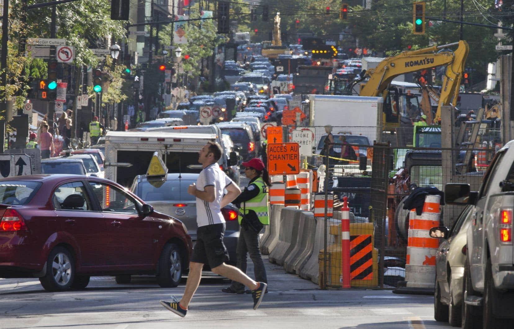 La mission de cette escouade est d'éliminer les entraves à la circulation attribuables aux chantiers et à des infractions en matière de stationnement.