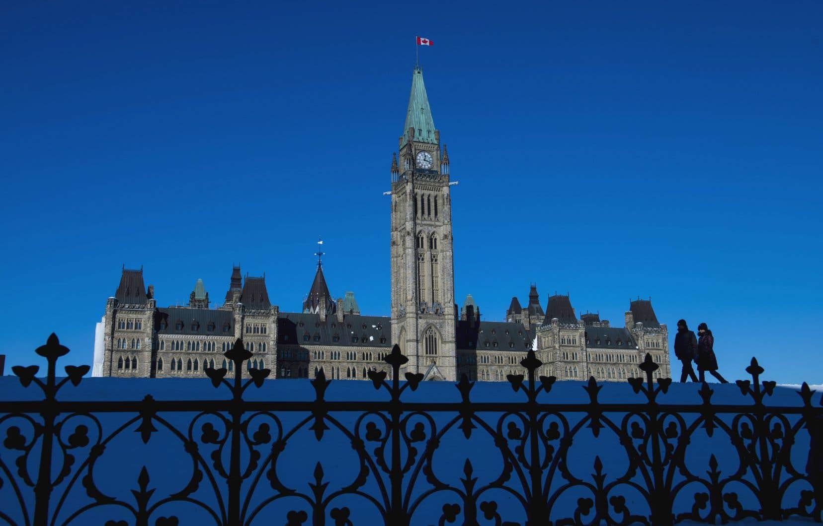 L'étude du Centre sur la productivité et la prospérité de HEC Montréalévalue que le gouvernement fédéral a cumulé 56,5milliards de dollars de déficits entre 2015 et 2018.