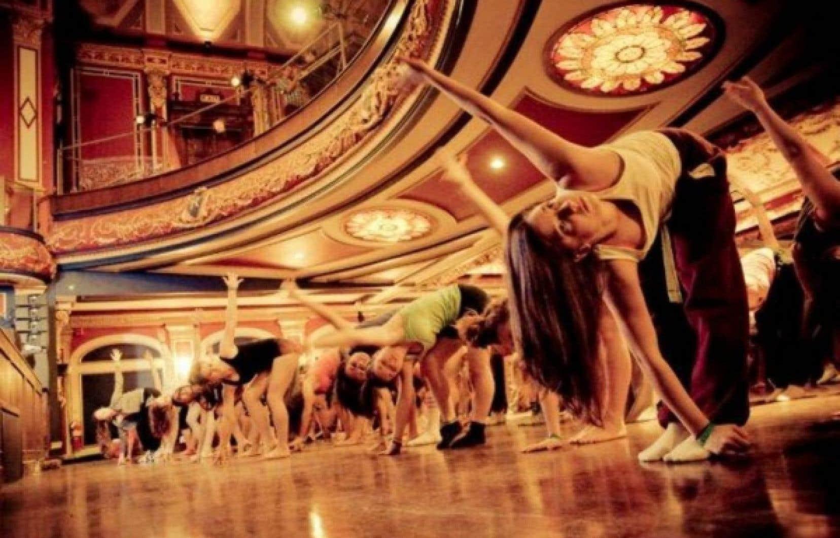 Les nouveaux propriétaires, Ezio Carosielli et sa femme Luisa Sassano, dirigent la compagnie de danse Extravadanza et aimeraient, entre autres, que le Rialto se fasse souvent carrefour pour la danse, avec compétitions et ateliers. <br />