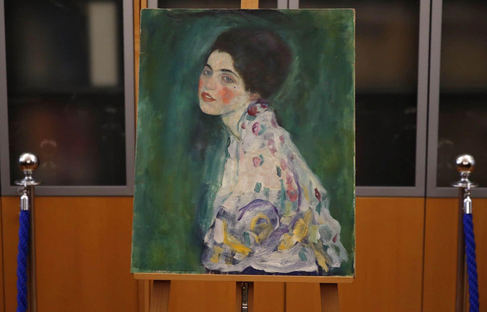 Le tableau intitulé «Portrait d'une Dame» a fait l'objet d'une méticuleuse enquête de la part de trois spécialistes pour l'authentification.