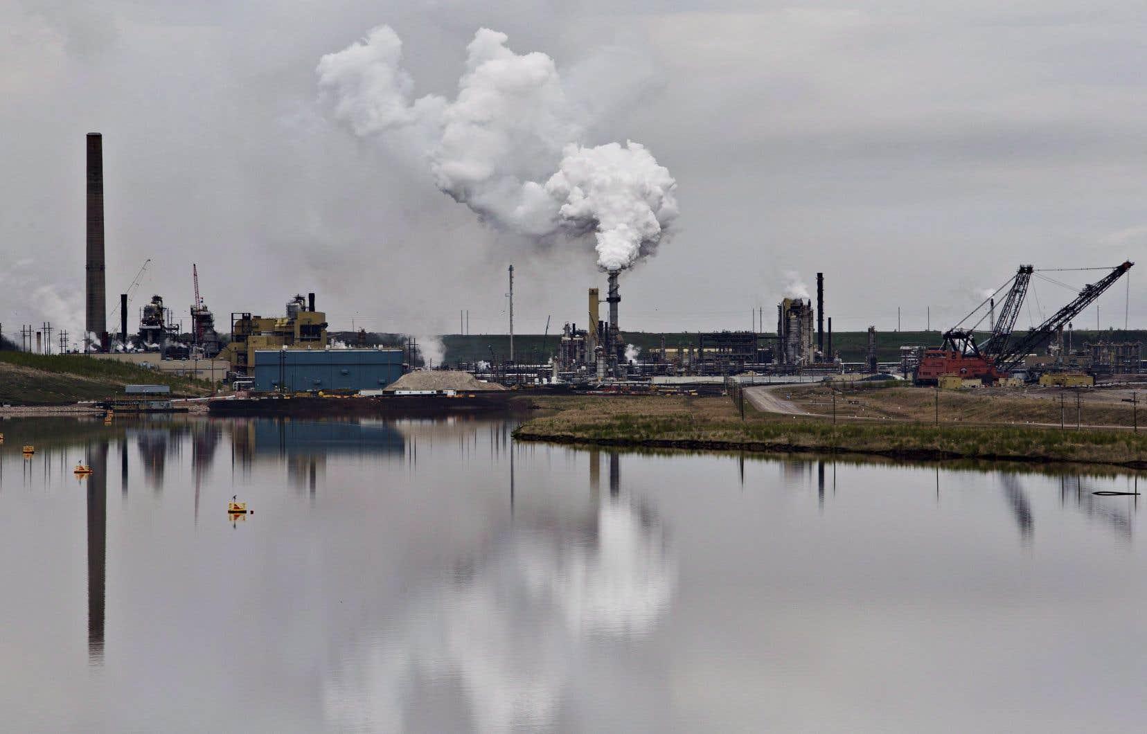 La lutte contre les GES ne relève pas des compétences fédérales, plaide Québec.
