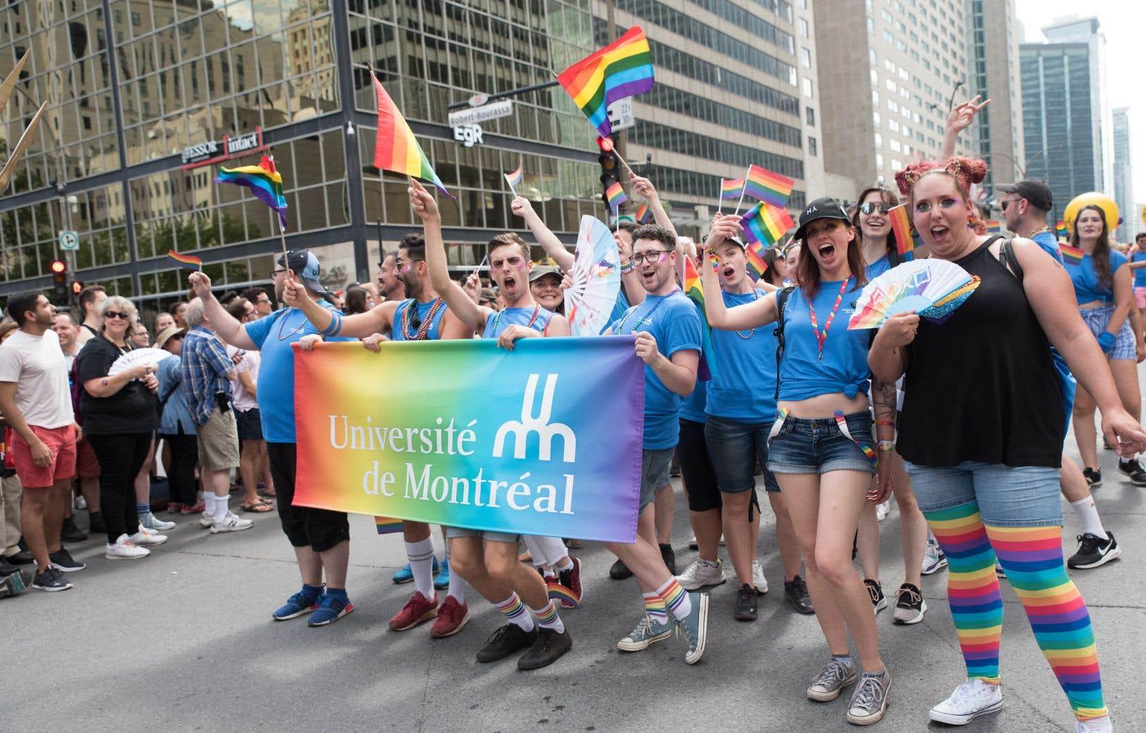 En août 2019, une délégation de l'UdeM a participé pour la première fois au défilé de Fierté Montréal.
