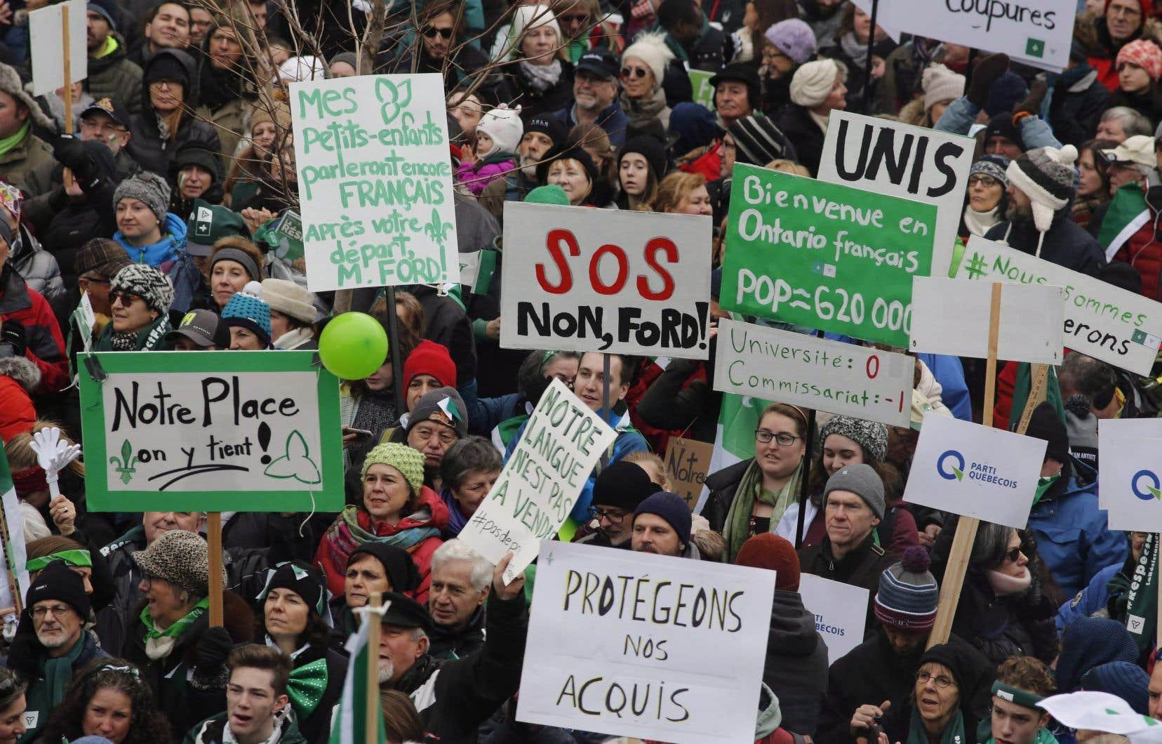 Une manifestation de Franco-ontariens en décembre 2018