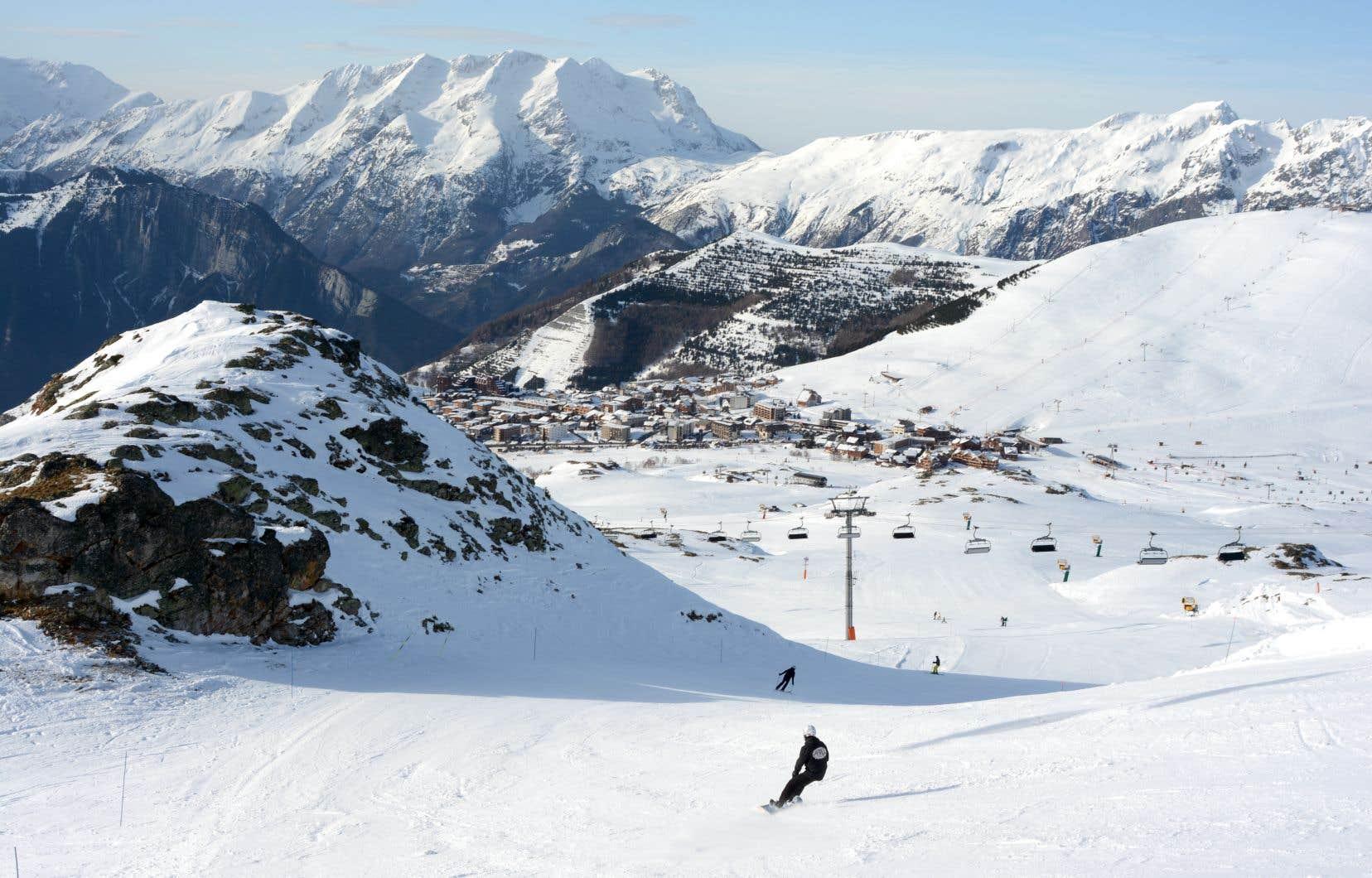 L'Alpe d'Huez offre plus de 250 kilomères de pistes.