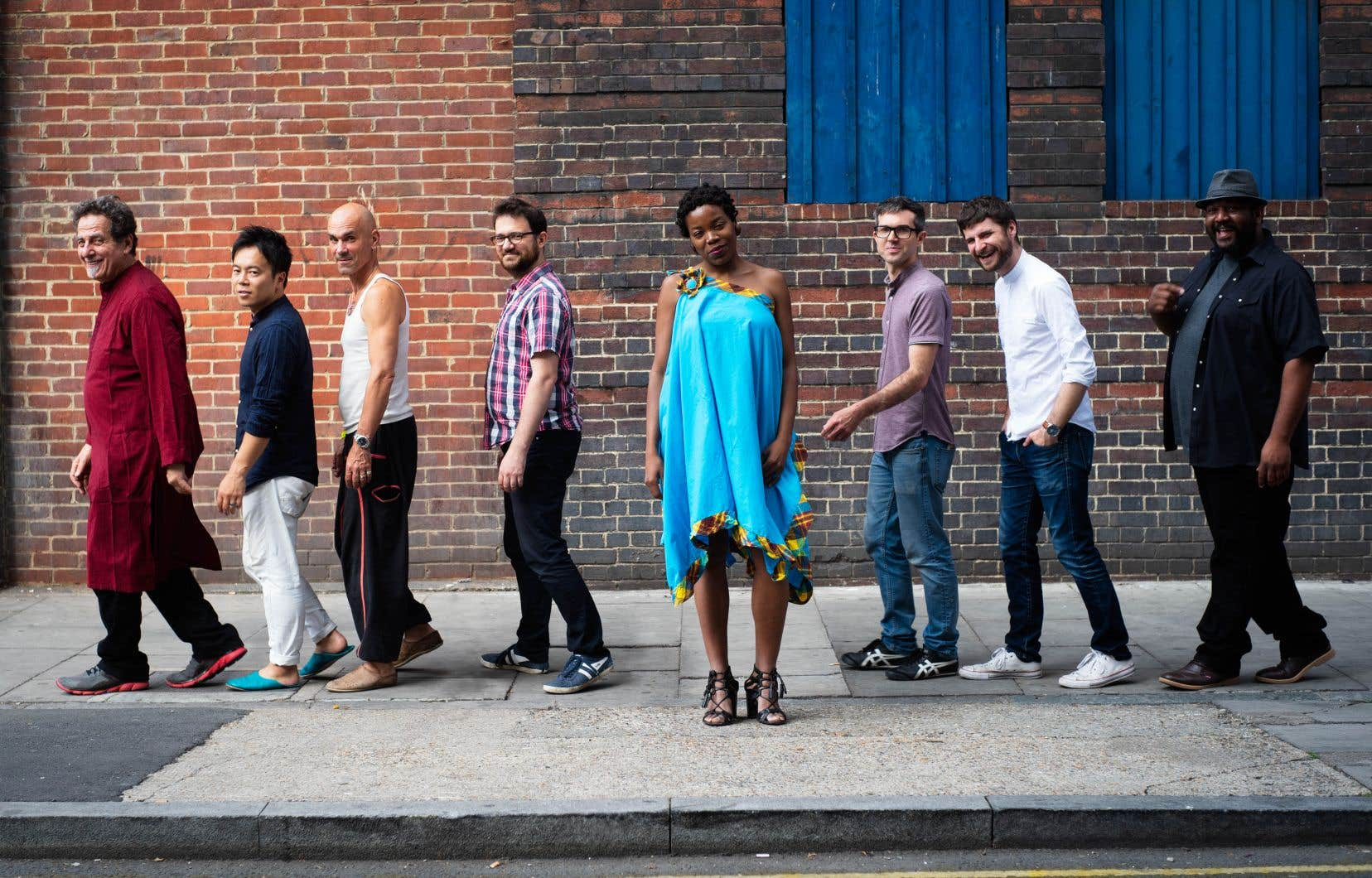 L'auteure-compositrice-interprète montréalaise Malika Tirolien est la magnifique voix du groupe Bokanté.