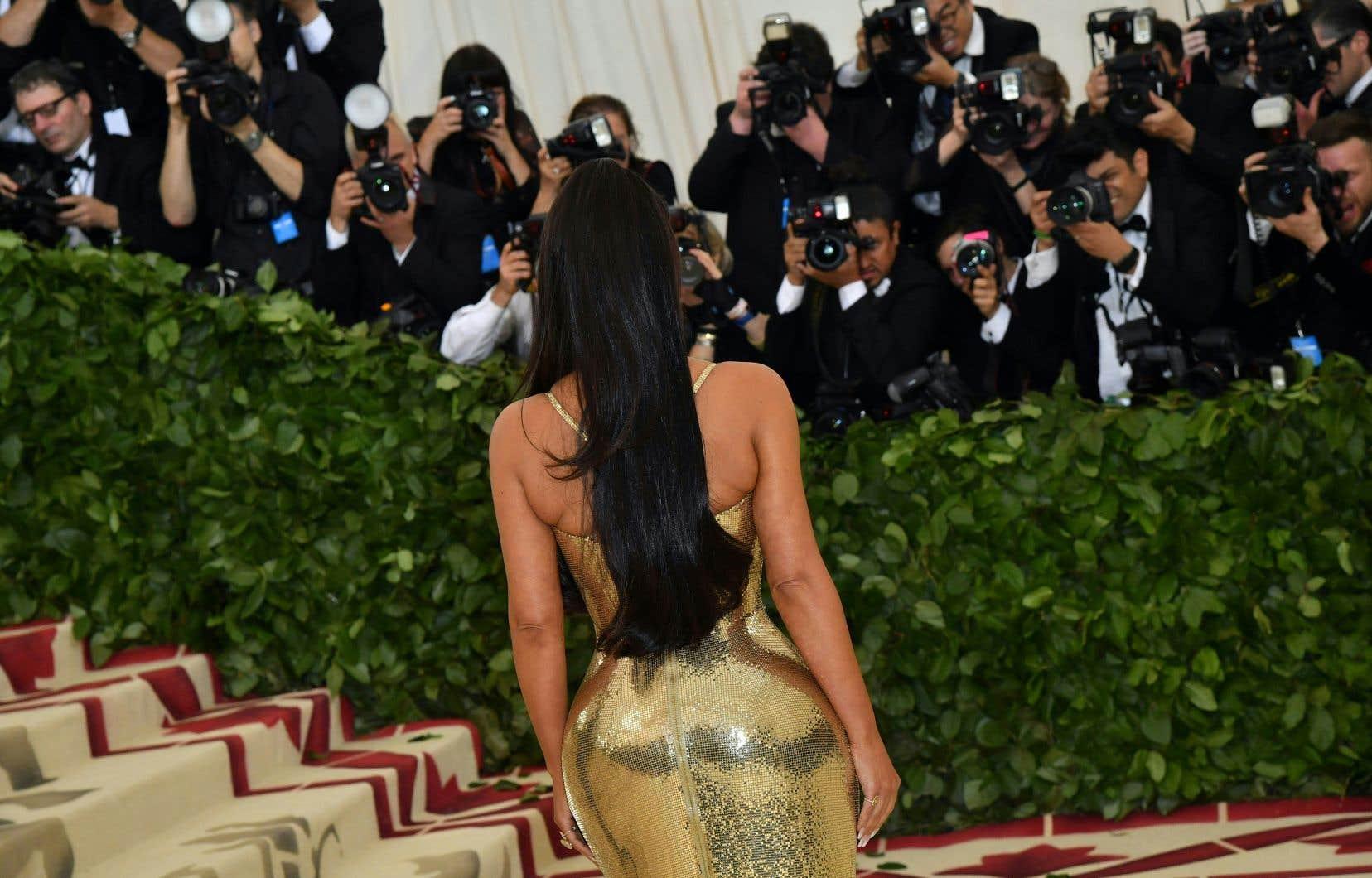 Les «experts» prédisent que cette année électorale marquera celle de la fin de «Keeping Up with the Kardashians». Mais la star, qui vaut 350millions de dollars américains selon le magazine «Forbes», sera-t-elle capable de «keep up», de suivre, en restant loin des projecteurs?