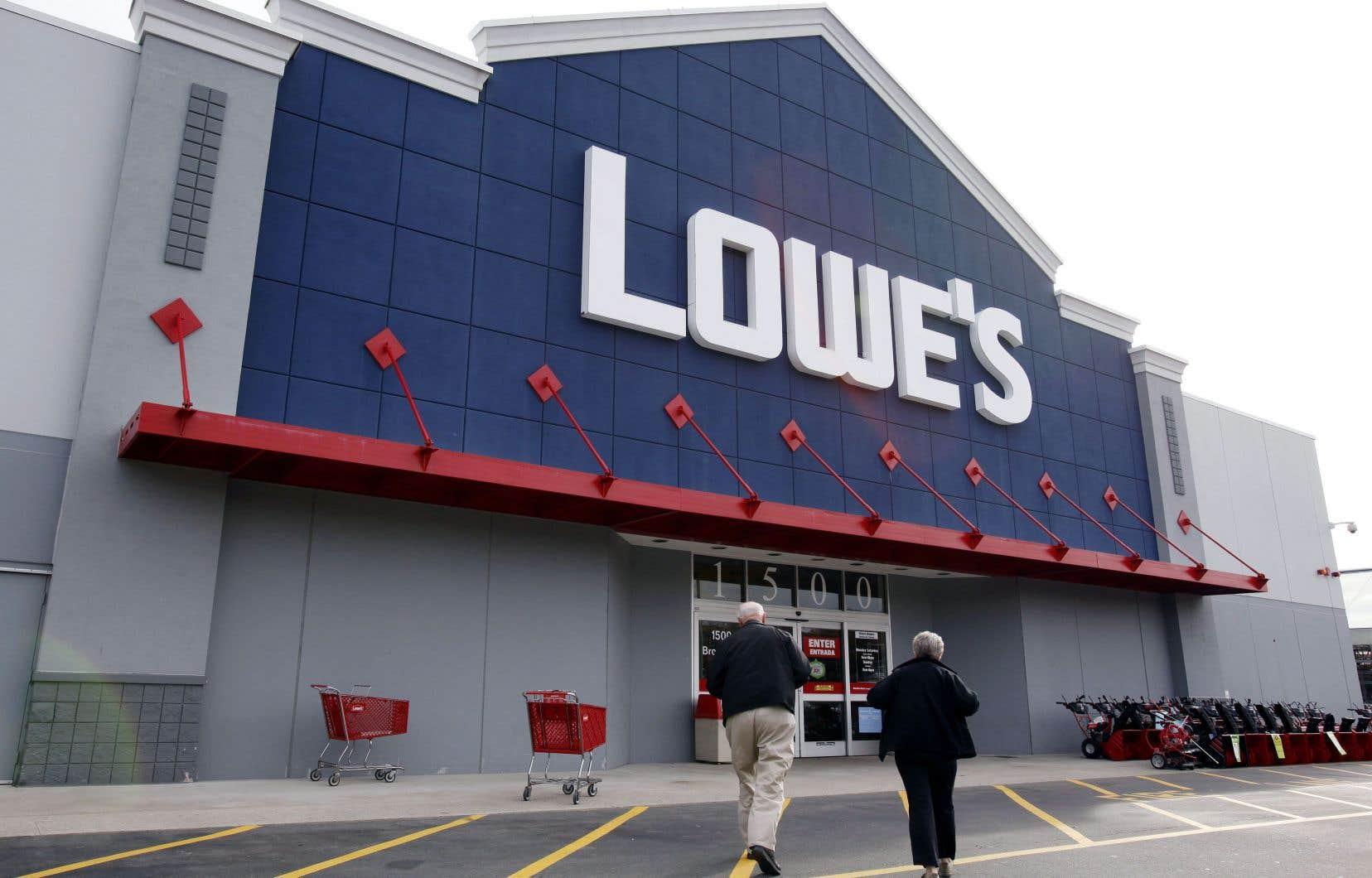Avant de se joindre à Lowe's, Anthony Hurst a occupé des hautes fonctions chez JC Penney et Home Depot.