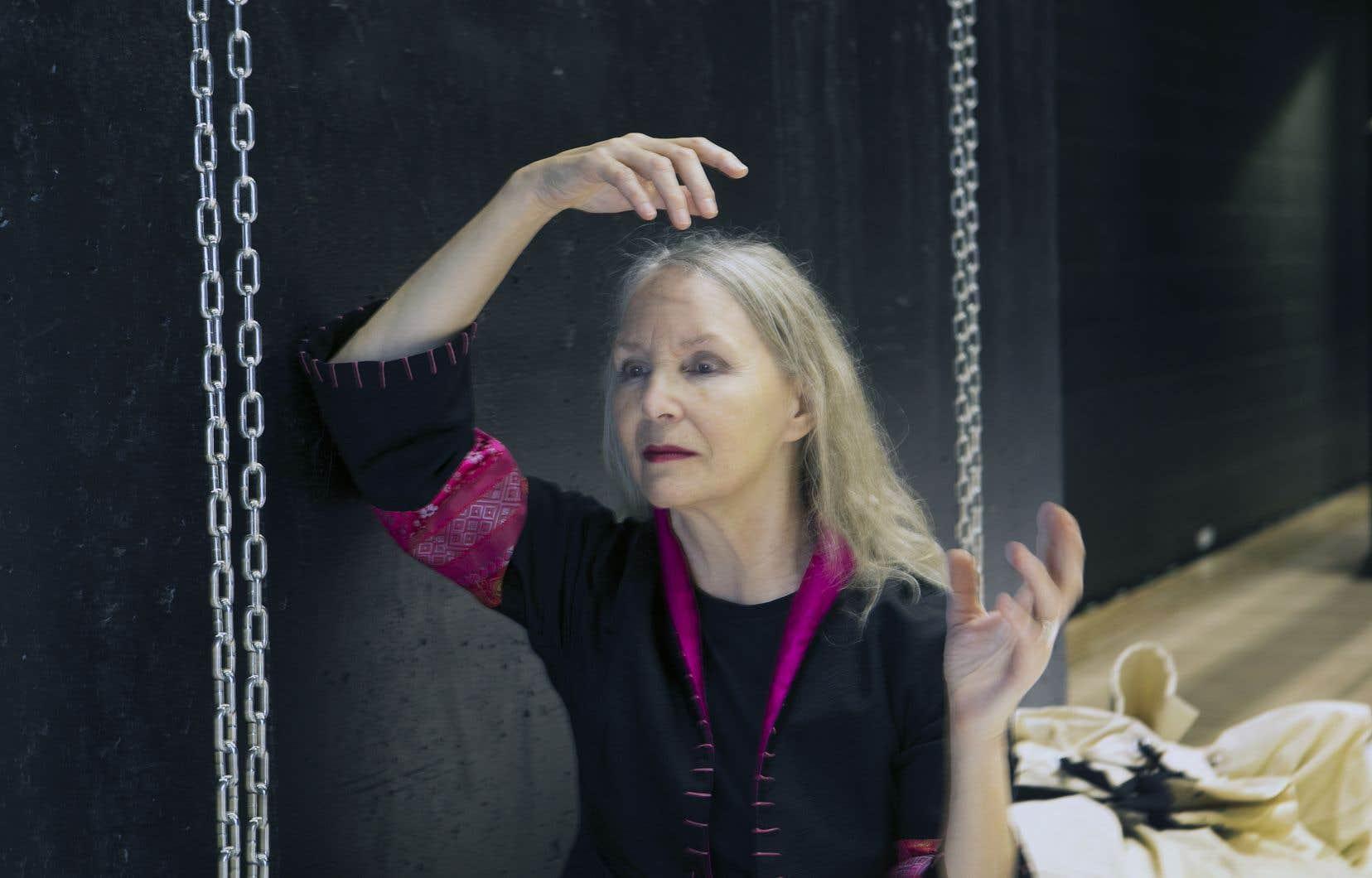 Les arts visuels et la littérature sont devenus des moteurs de travail pour la chorégraphe Louise Bédard.