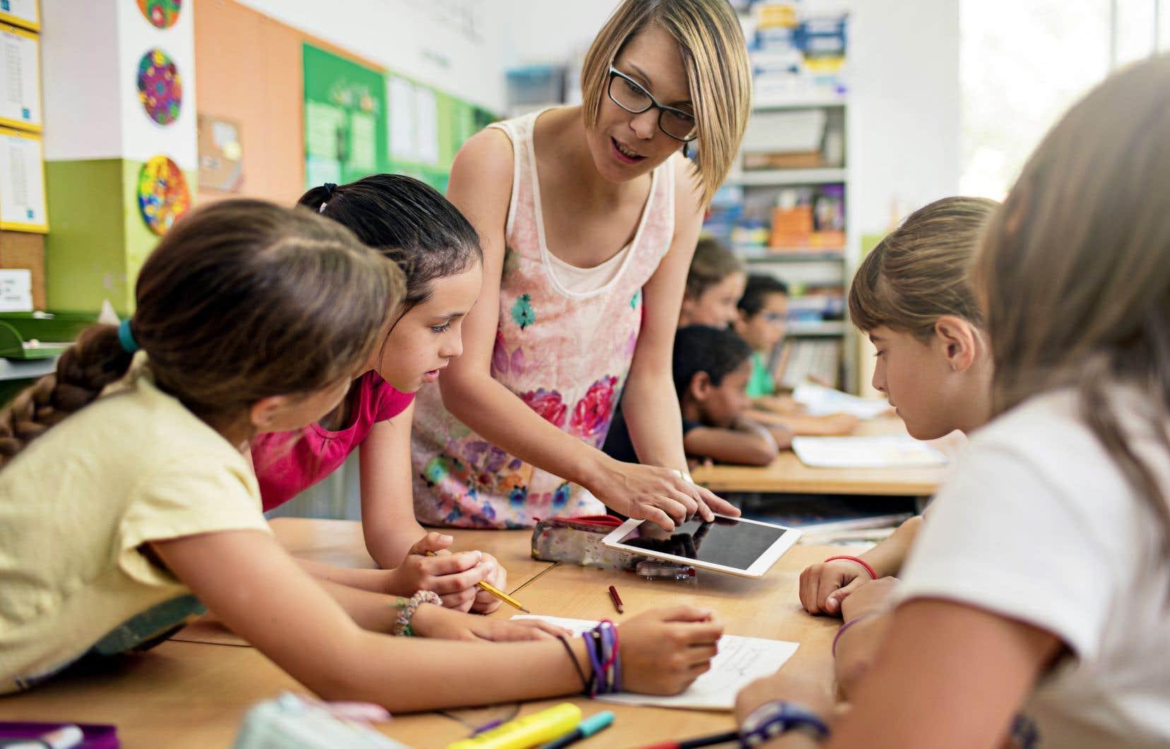 Les suppléants deviennent tellement rares que les enseignants en place doivent faire des prouesses pour assurer une présence dans les groupes privés de titulaire.