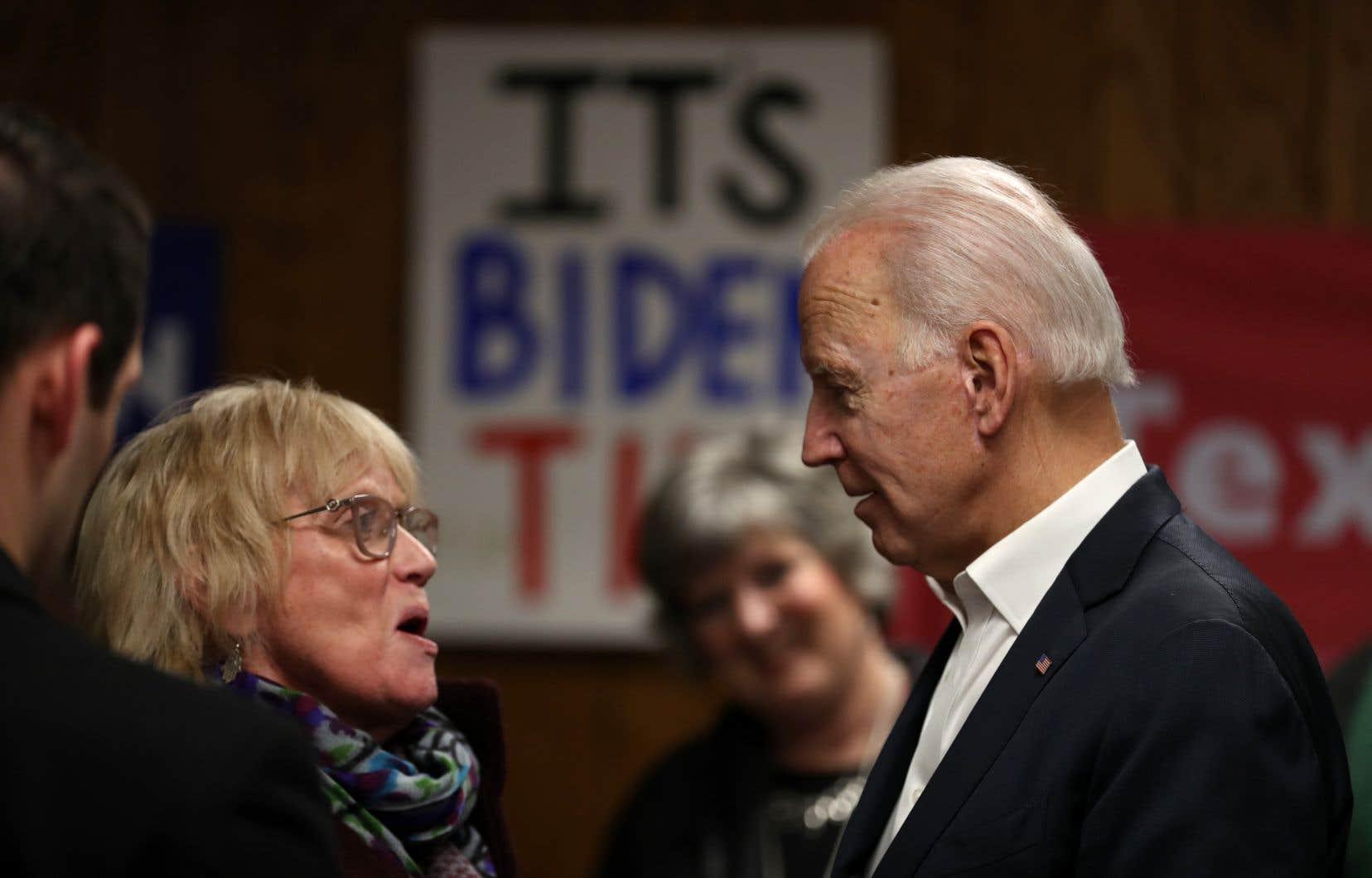 Joe Biden arrive en tête dans les sondages au niveau national, devant Bernie Sanders et Elizabeth Warren.