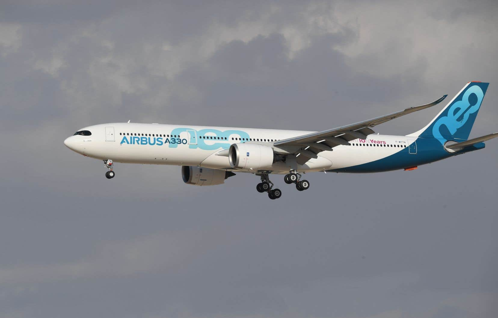 L'affaire Airbus est née de l'auto-dénonciation d'irrégularités en avril 2016 par son patron de l'époque, Tom Enders, auprès du Serious Fraud Office britannique.