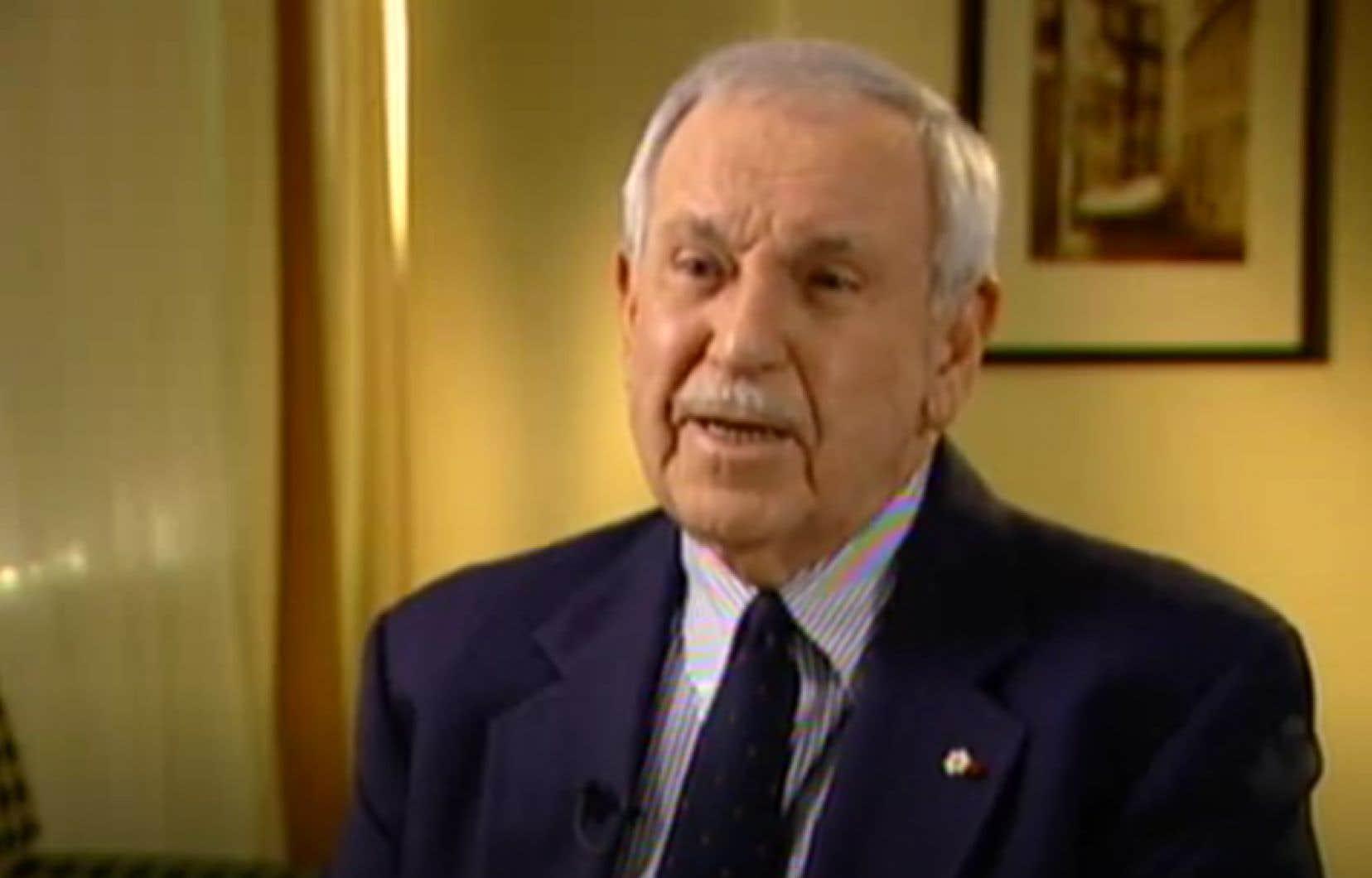 Roger D. Landry a étéprésident et éditeur du journal La Presse de 1980 à 2000.