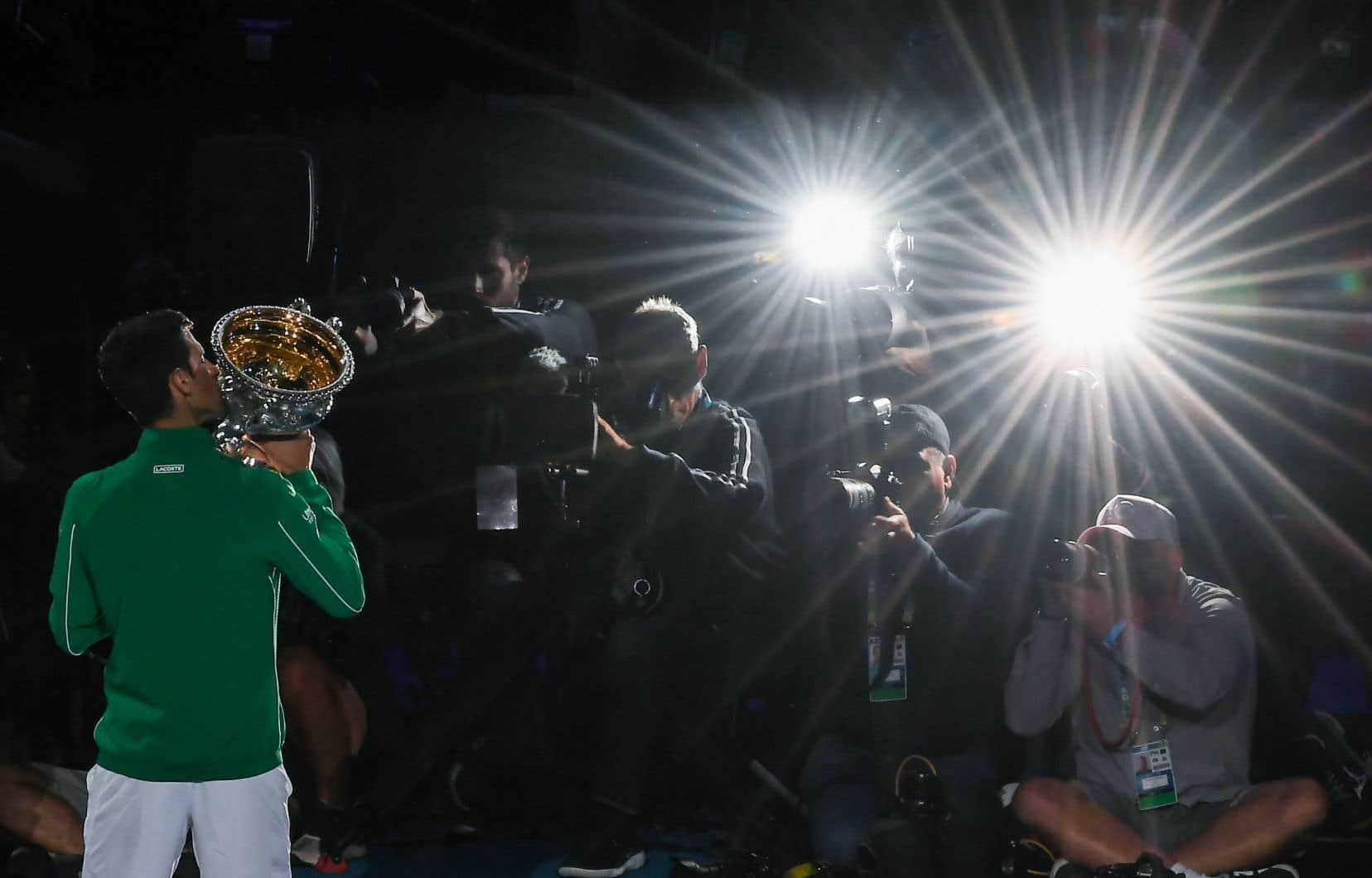 Si Novak Djokovic (photo) demeure no1 mondial jusqu'à la première semaine d'octobre, alors il devancera Federer.