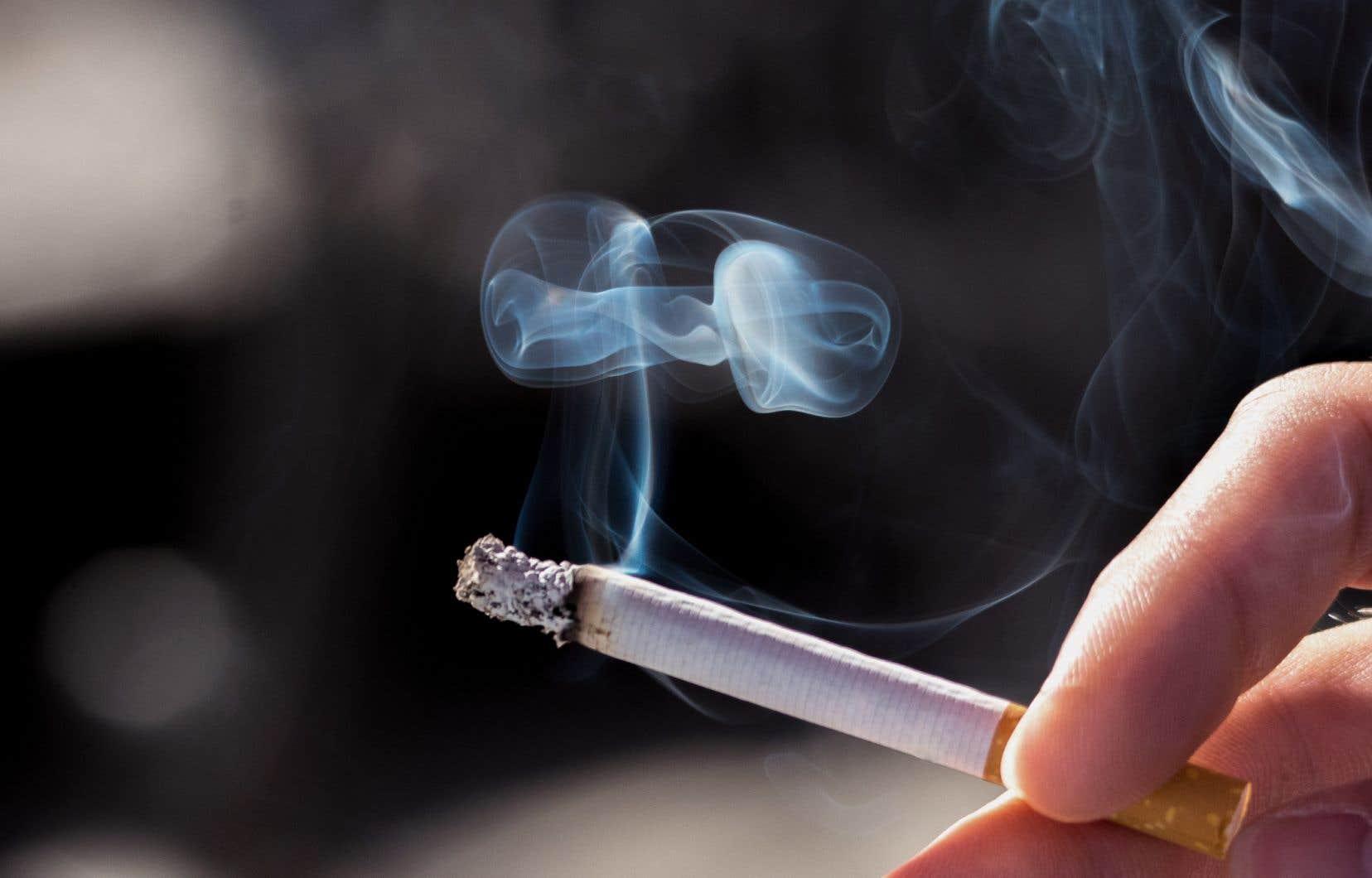 Jusqu'à 40% des cellules pulmonaires des anciens fumeurs pourront éventuellement être pratiquement identiques aux cellules pulmonaires de gens qui n'ont jamais fumé.