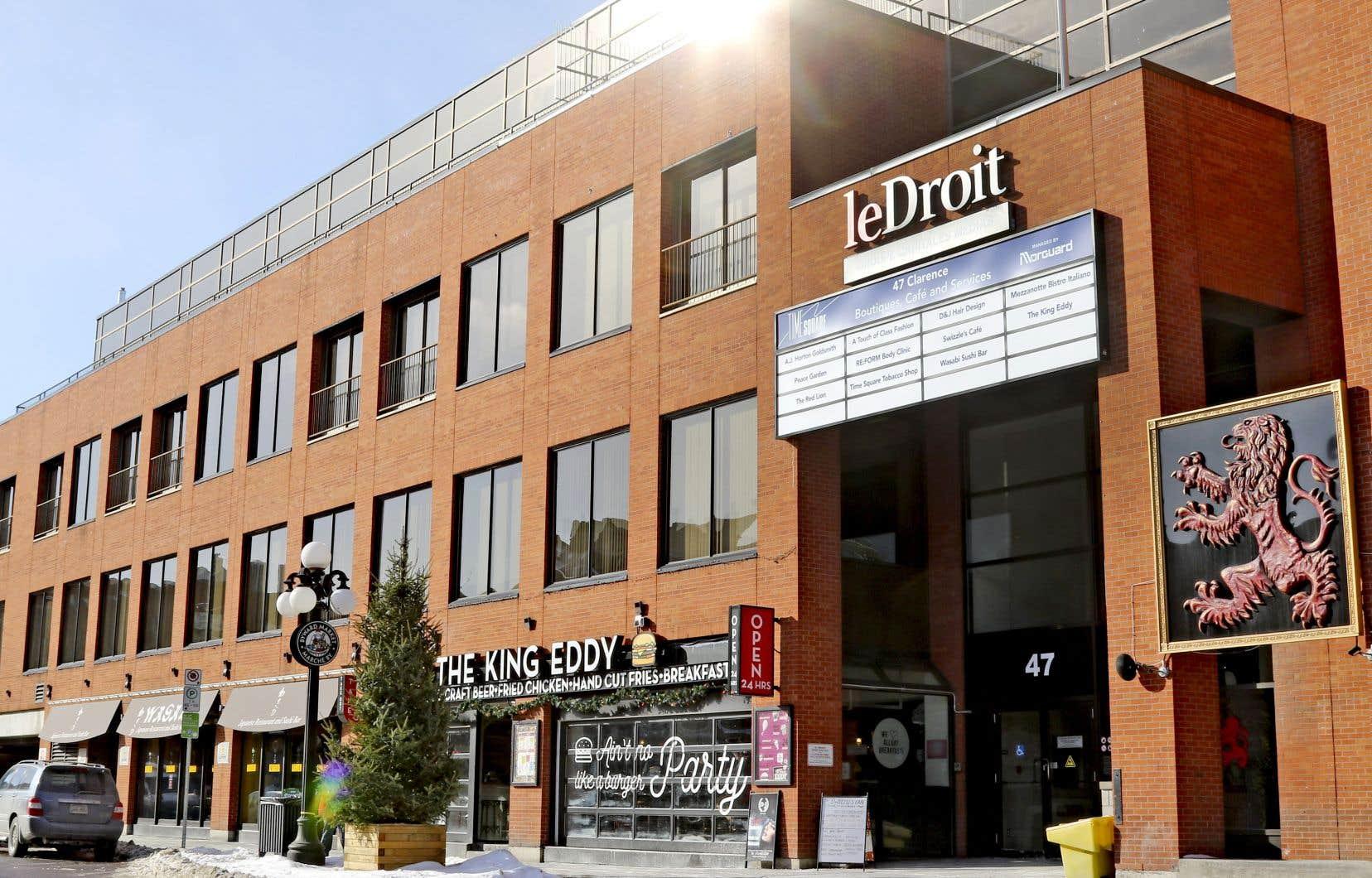 «Le Droit», estime qu'il fera des économies «appréciables» en quittant le très central Marché By d'Ottawa pour de futurs bureaux gatinois.