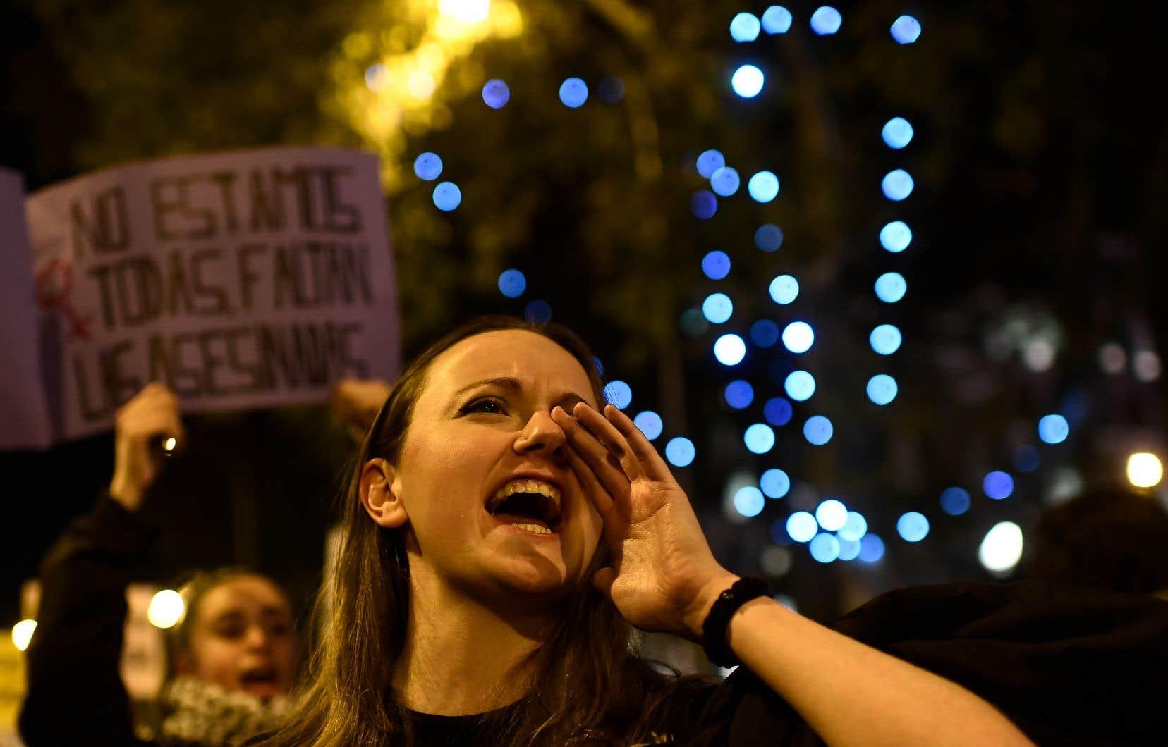 Une manifestation marquait la Journée internationale pour l'élimination de la violence faite aux femmes, à Madrid en 2019.