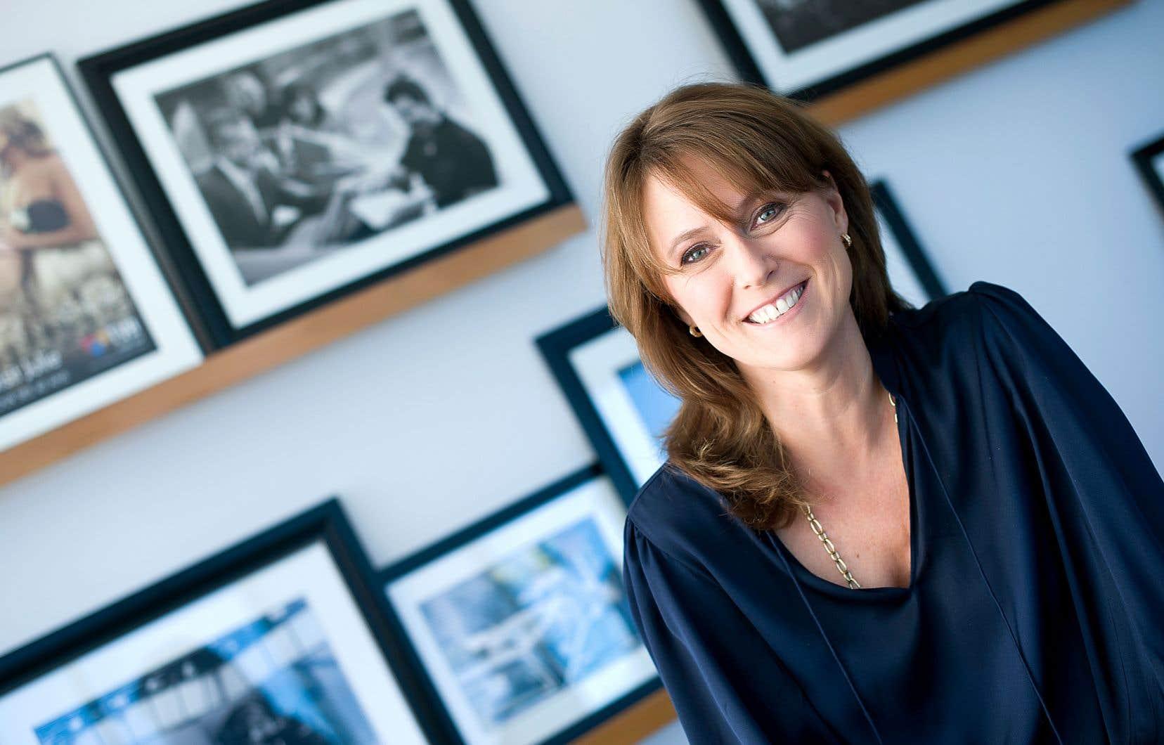 France Lauzière, la présidente et cheffe de la direction de Groupe TVA, et cheffe du contenu de Québecor Contenu, navigue chez Québecor et dans l'industrie de la télévision depuis 19ans. Forte de cette expérience, elle a choisi d'investir dans la création québécoise.