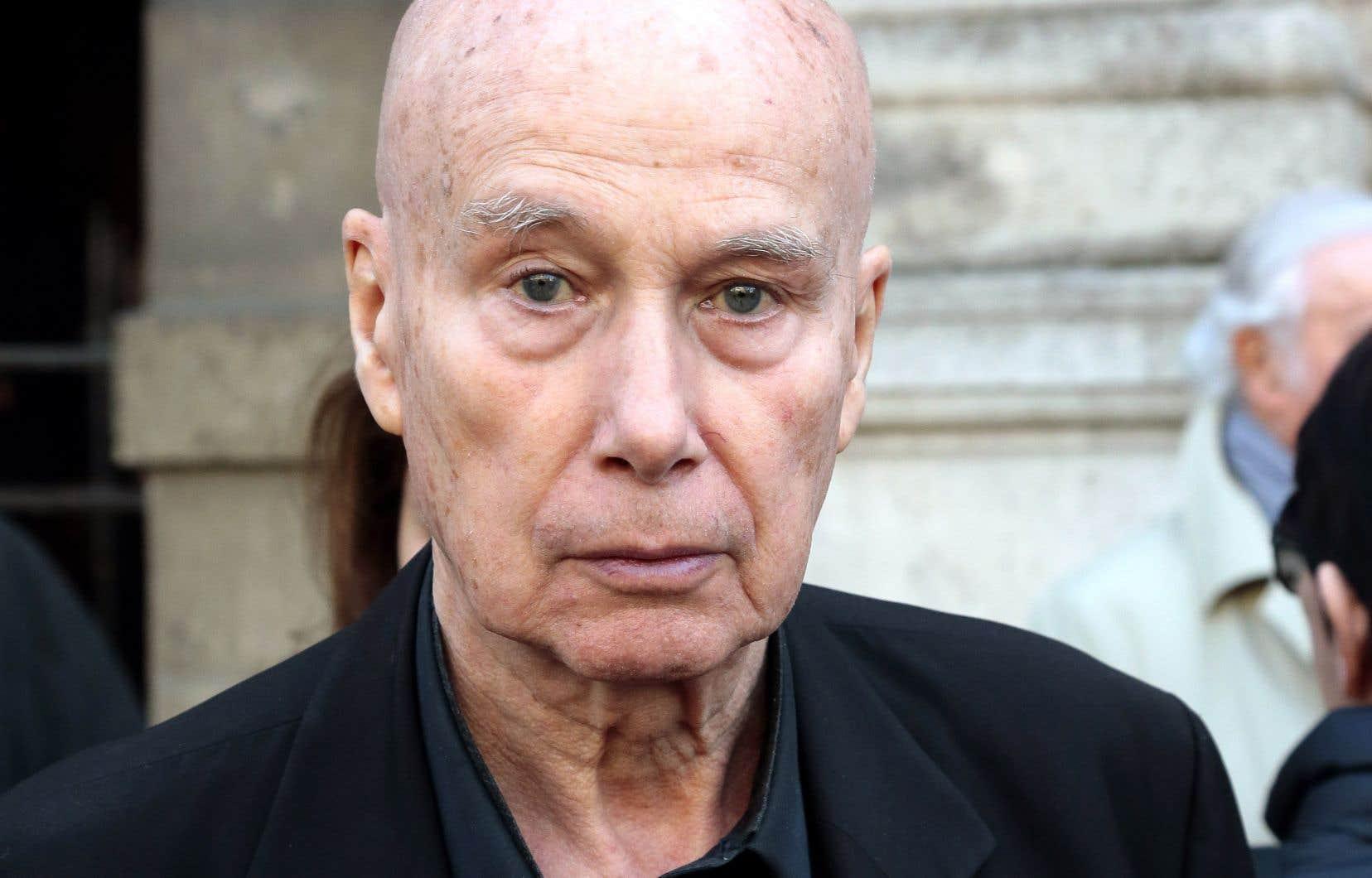 Gabriel Matzneff a été cité à comparaître par l'association de prévention de la pédophilie l'Ange Bleu.