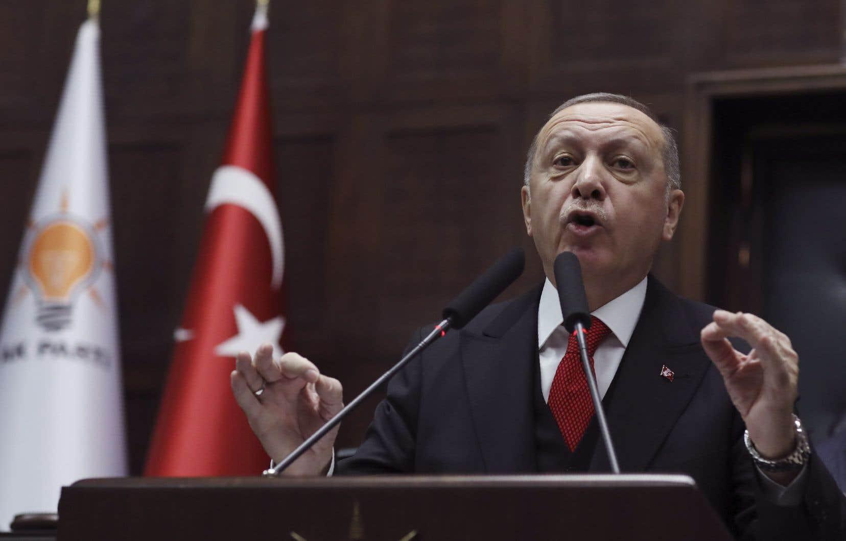 Dans un discours prononcé mercredi à Ankara, le président Recep Tayyip Erdogana menacé de «frapper le régime partout» en Syrie en cas de nouvelle attaque contre les forces turques à Idleb.