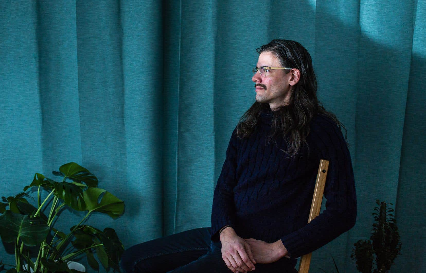 François Gilbert, chez lui, dans le Vieux Montreal, à l'occasion de la sortie de son nouveau roman, Mayapura. Il s'est écoulé six ans depuis le début de l'écriture de sa série spirituelle et identitaire.