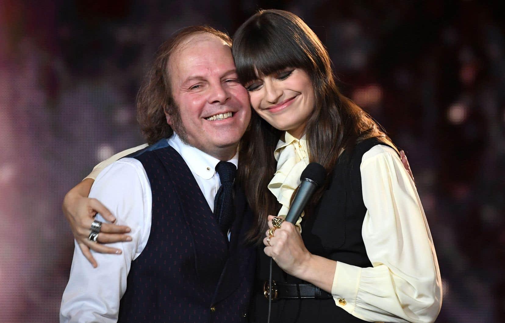 Le chanteur Philippe Katerine et la chanteuse Clara Luciani ont été récompensés pour leurs plus récents albums, vendredi, lors du gala des Victoires de la musique en France.