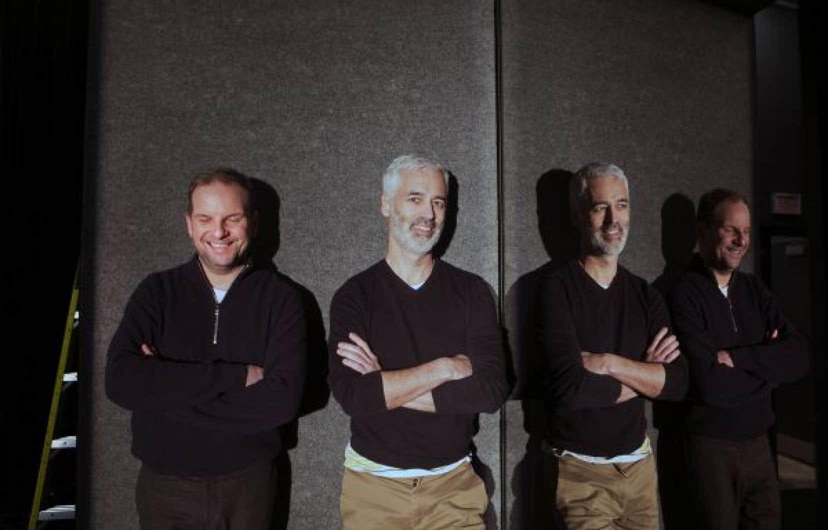 Si l'action se déroule beaucoup dans la tête des personnages, le récit gravite autour d'une cage d'ascenseur. L'entrevue avec Sébastien Harrisson et Eric Jean a lieu devant ce décor qui évoque, sans l'illustrer, un ascenseur encadré de miroirs.