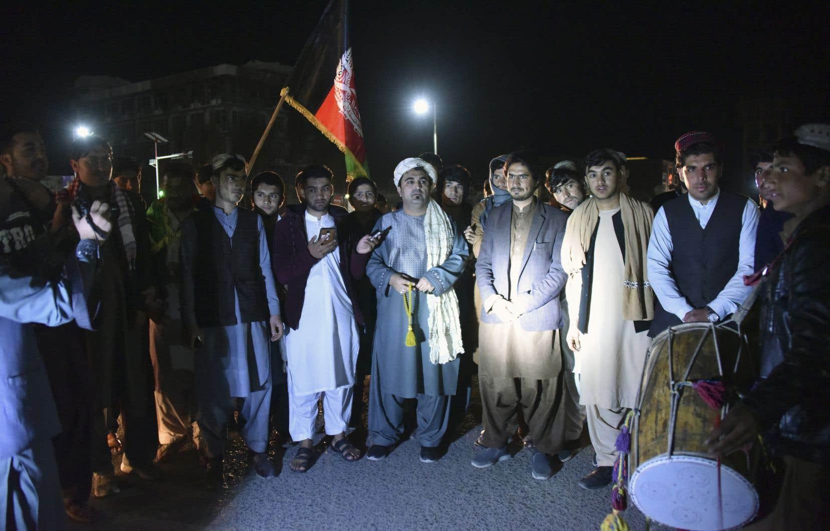 Une trêve partielle d'une semaine est entrée en vigueur samedi en Afghanistan avant l'éventuelle signature d'un accord sans précédent entre les talibans et les États-Unis le 29février.
