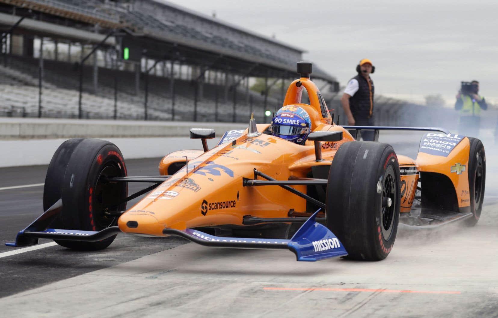 La quête d'Alonso est de remporter Indianapolis et de s'assurer la prestigieuse Triple couronne qui comprend le Grand Prix de Monaco de Formule 1 et la course d'endurance des 24heures duMans.