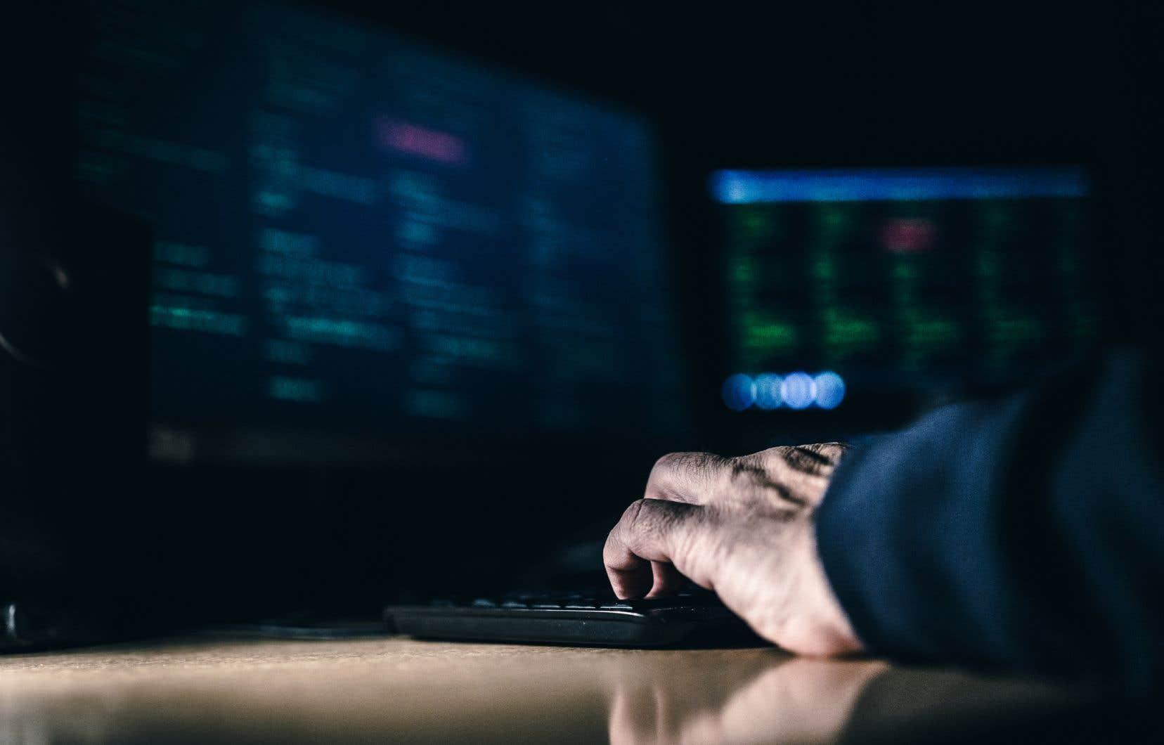«Avec l'aide de l'intelligence artificielle, on peut mettre au jour certains comportements anormaux qui pourraient donner lieu à des cyberattaques ou à des fuites de données massives», précise Paria Shirani.
