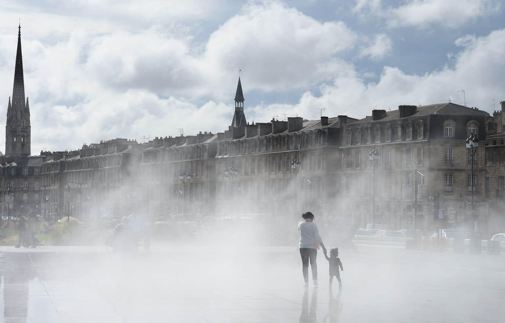 «Bordeaux millionnaire», tel fut le slogan symbolique de ceux qui voulaient faire passer la population de l'agglomération de 600000 habitants en1990 à un million en 2030. On en est à 780000! «Mais à quel prix?» demande l'urbaniste Vincent Bart.