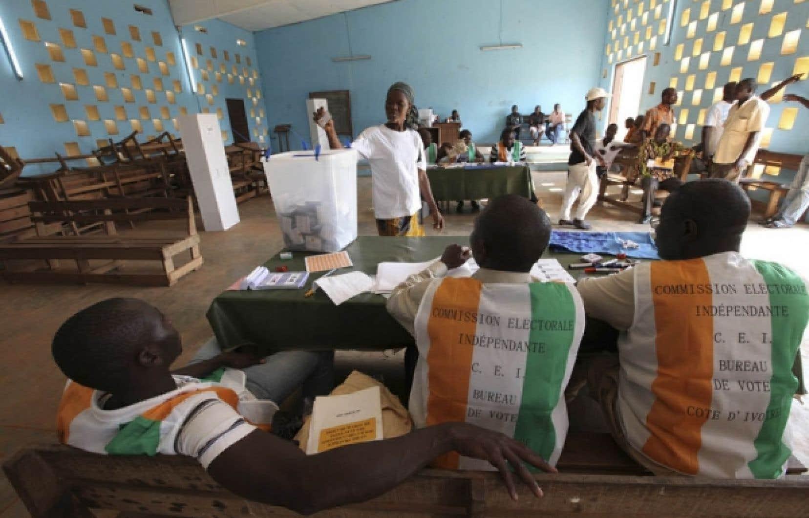 Scrutin en Côte d'Ivoire<br /> <br />