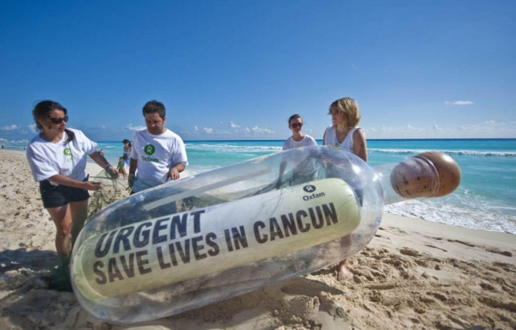 L'organisme Oxfam a jeté une bouteille à la mer, hier, à la veille du Sommet de Cancún, qui rassemble plus de 190 pays autour de la question du climat. <br />
