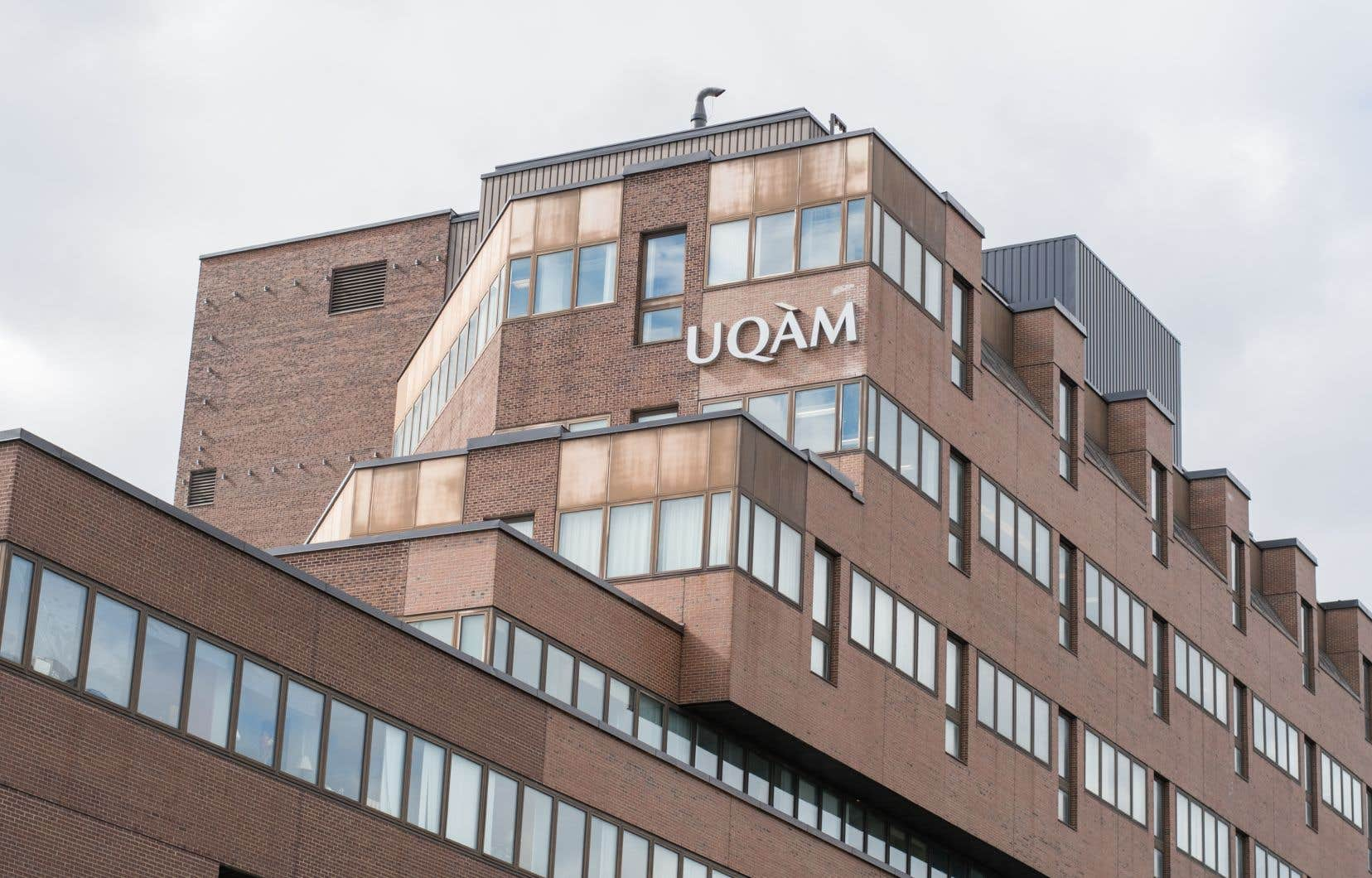 L'UQAM est devenu la première université de la francophonie à établir un programme universitaire d'études féministes.