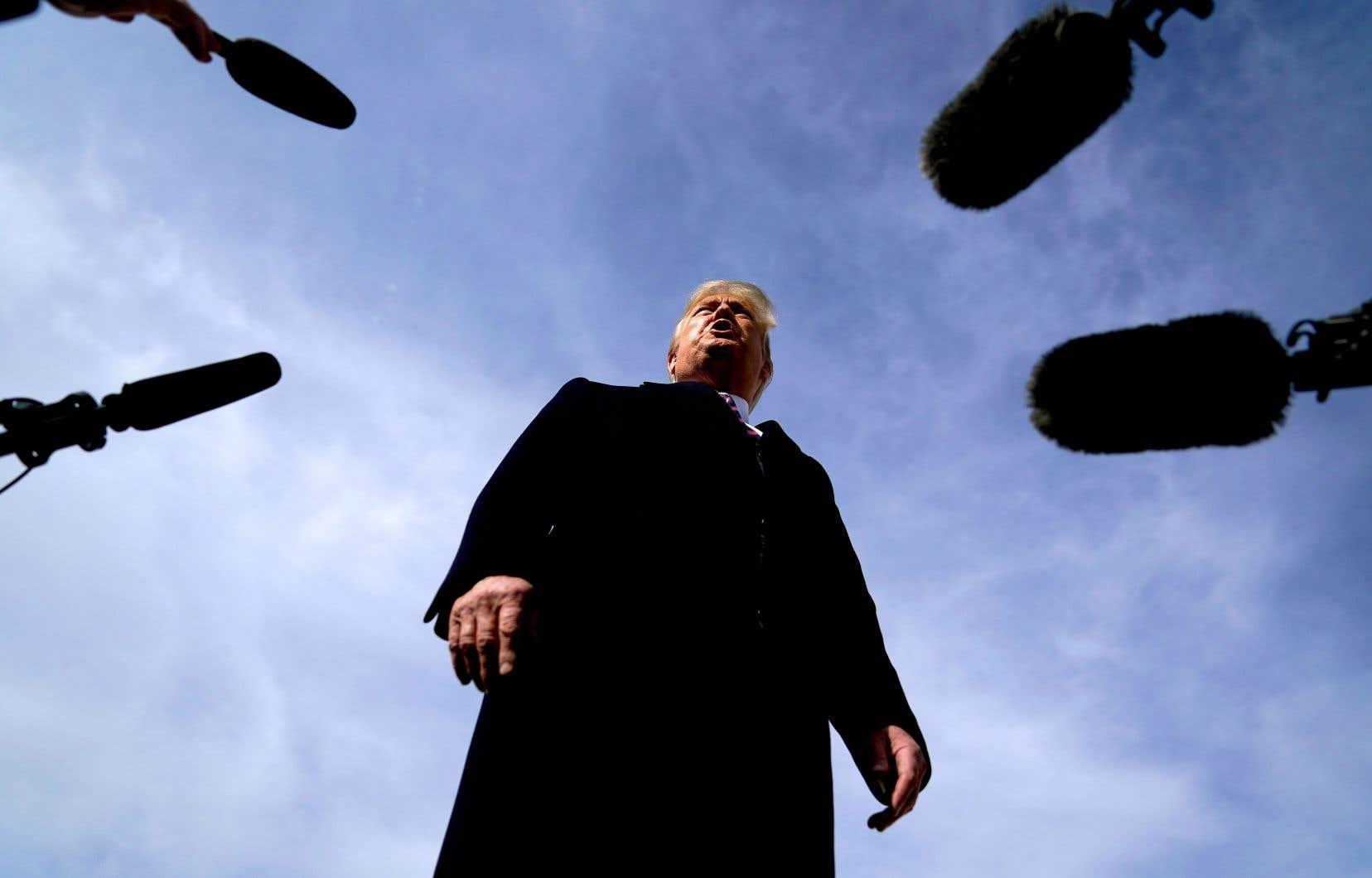 L'effet de Donald Trump, et de son omniprésence médiatique, s'est fait sentir sur les chaînes câblées américaines dès sa première année au pouvoir.